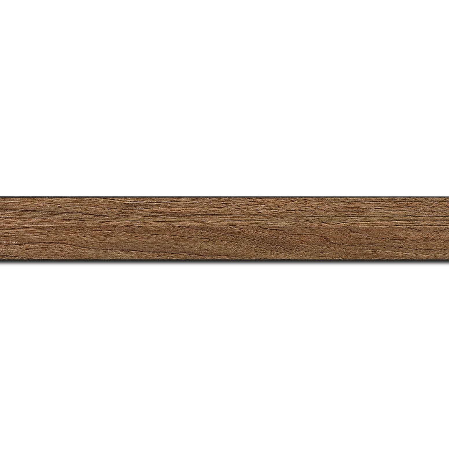 Pack par 12m, bois profil plat largeur 2.6cm hauteur 5cm décor bois chêne doré(longueur baguette pouvant varier entre 2.40m et 3m selon arrivage des bois)