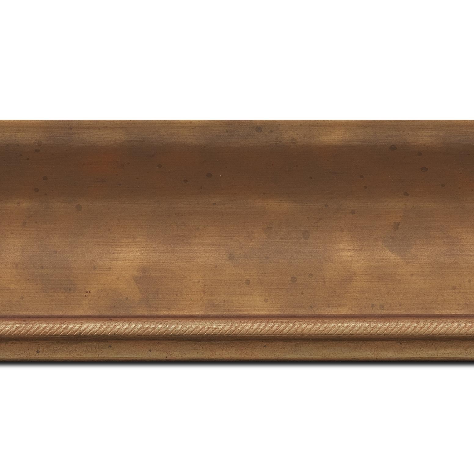 Baguette longueur 1.40m bois profil incurvé largeur 7.5cm de couleur or finition antique filet or