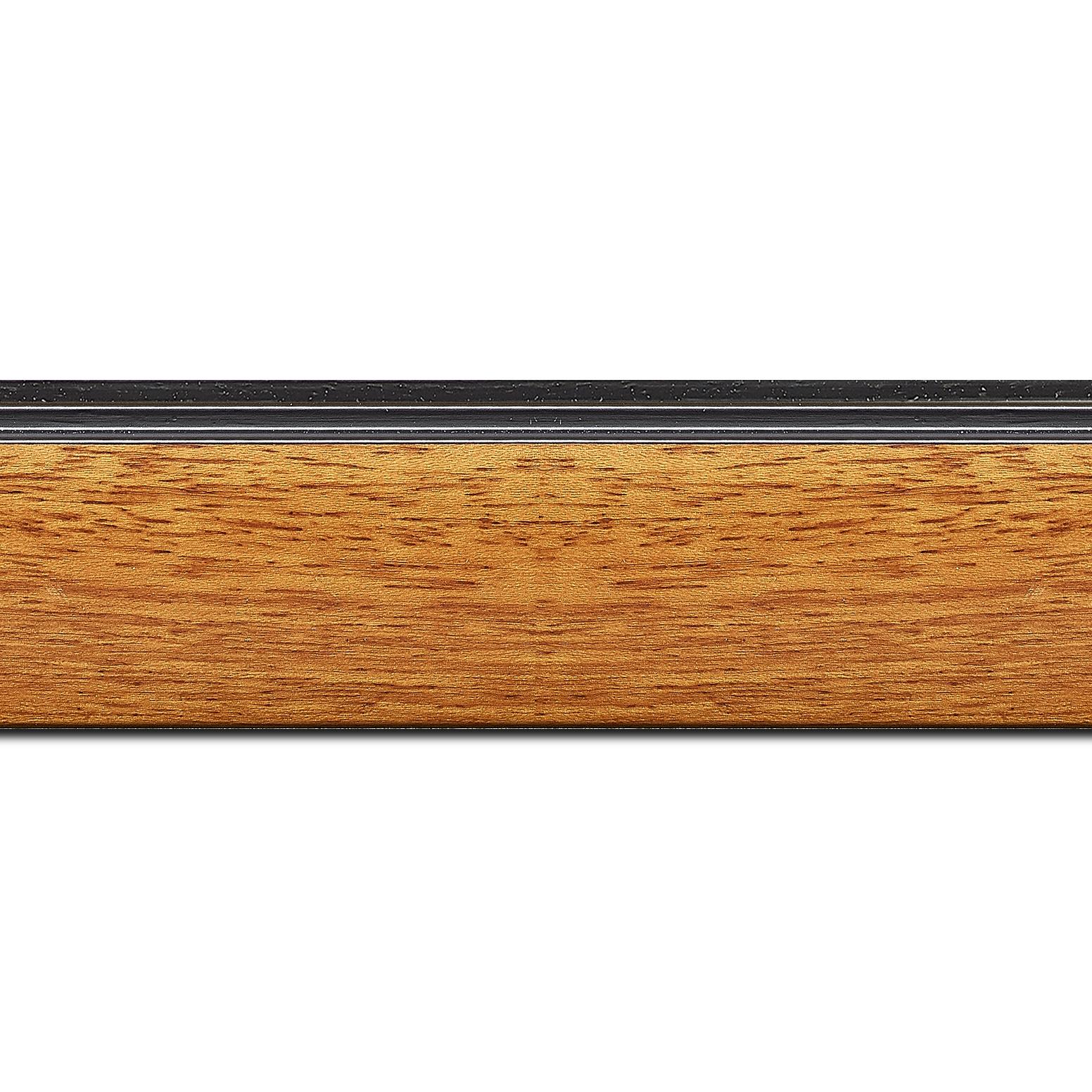 Pack par 12m, bois profil en pente méplat largeur 4.8cm couleur merisier satiné surligné par une gorge extérieure noire : originalité et élégance assurée (longueur baguette pouvant varier entre 2.40m et 3m selon arrivage des bois)
