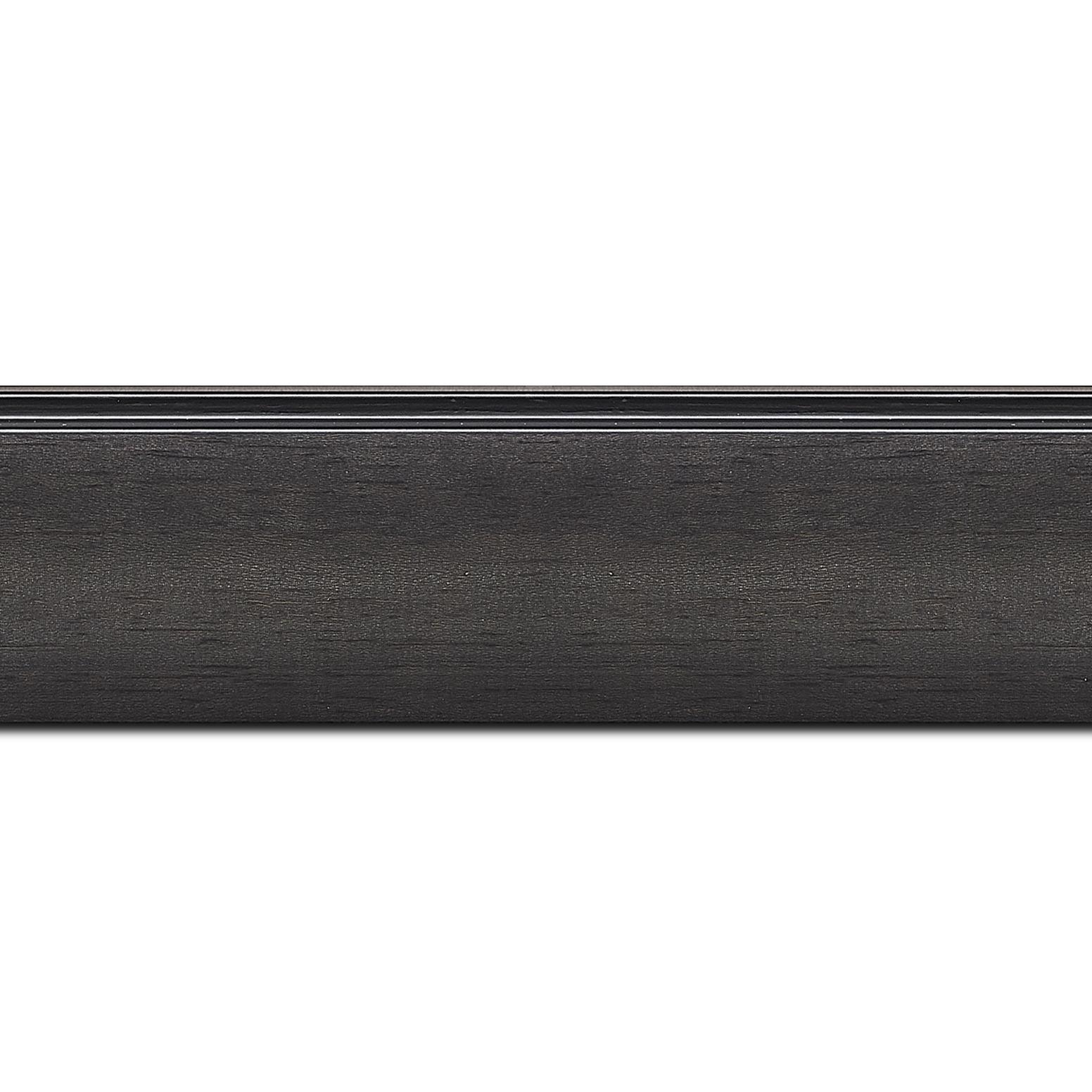 Baguette longueur 1.40m bois profil en pente méplat largeur 4.8cm couleur anthracite satiné surligné par une gorge extérieure noire : originalité et élégance assurée