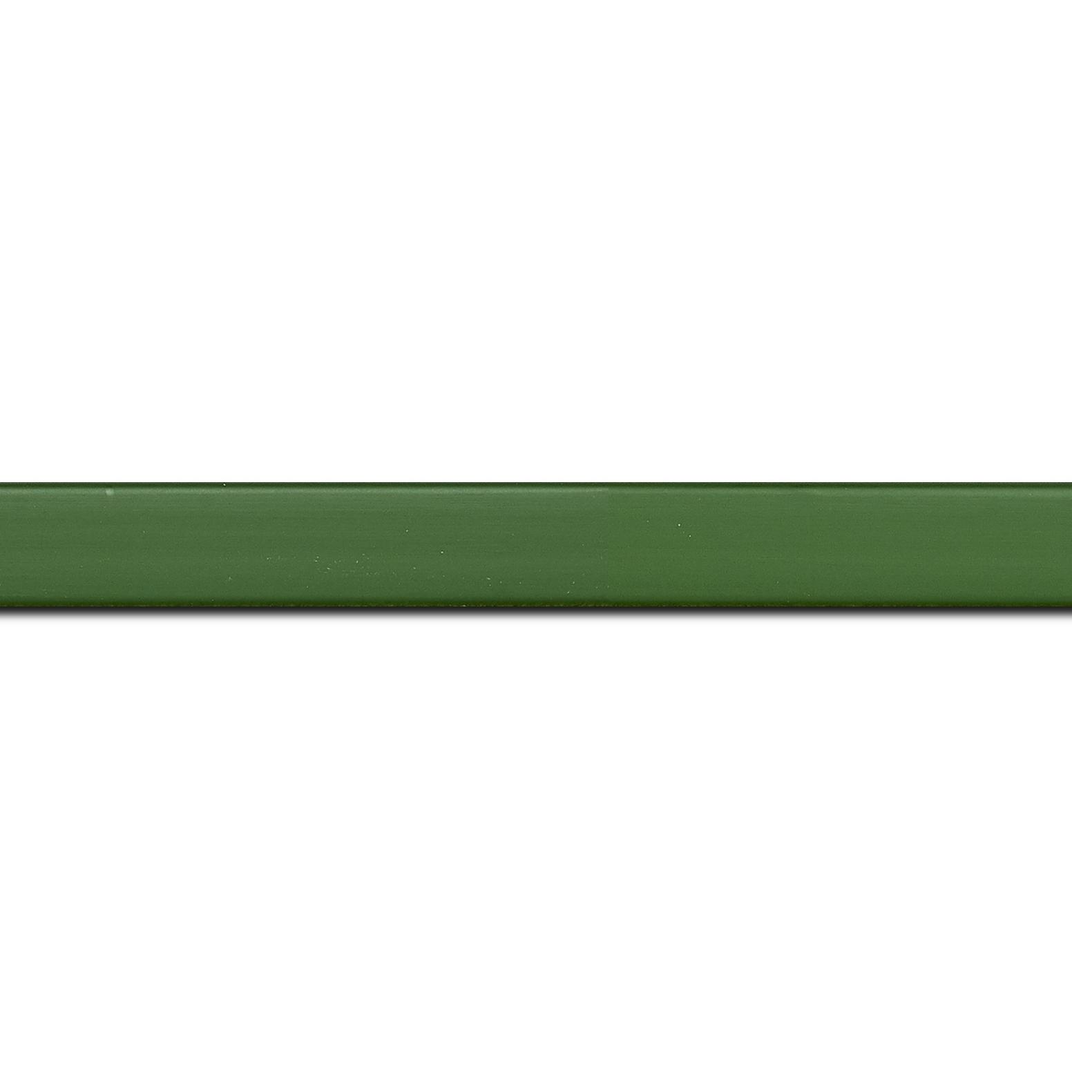 Baguette longueur 1.40m bois profil plat effet cube largeur 1.7cm couleur vert de toscane satiné