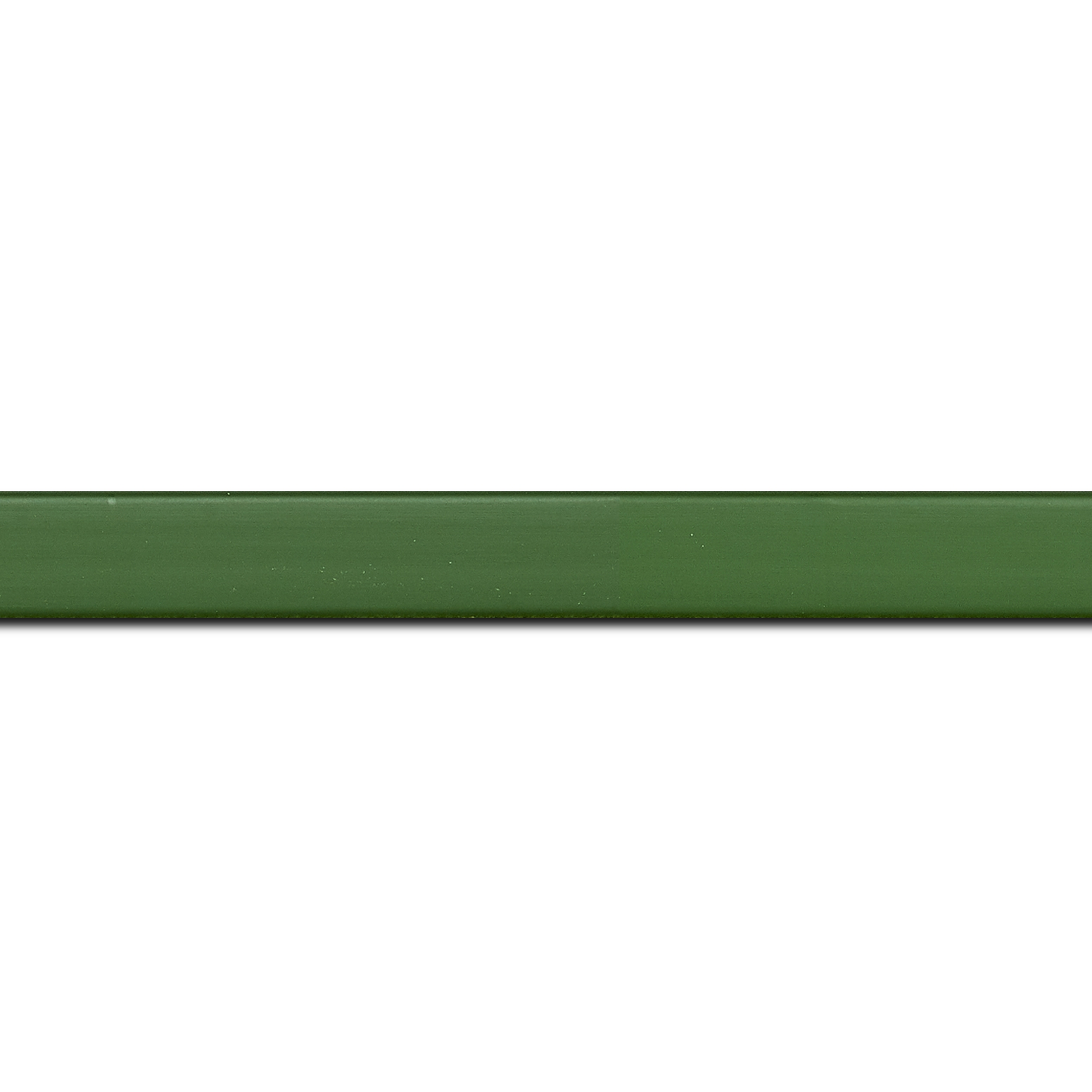 Pack par 12m, bois profil plat effet cube largeur 1.7cm couleur vert de toscane satiné (longueur baguette pouvant varier entre 2.40m et 3m selon arrivage des bois)
