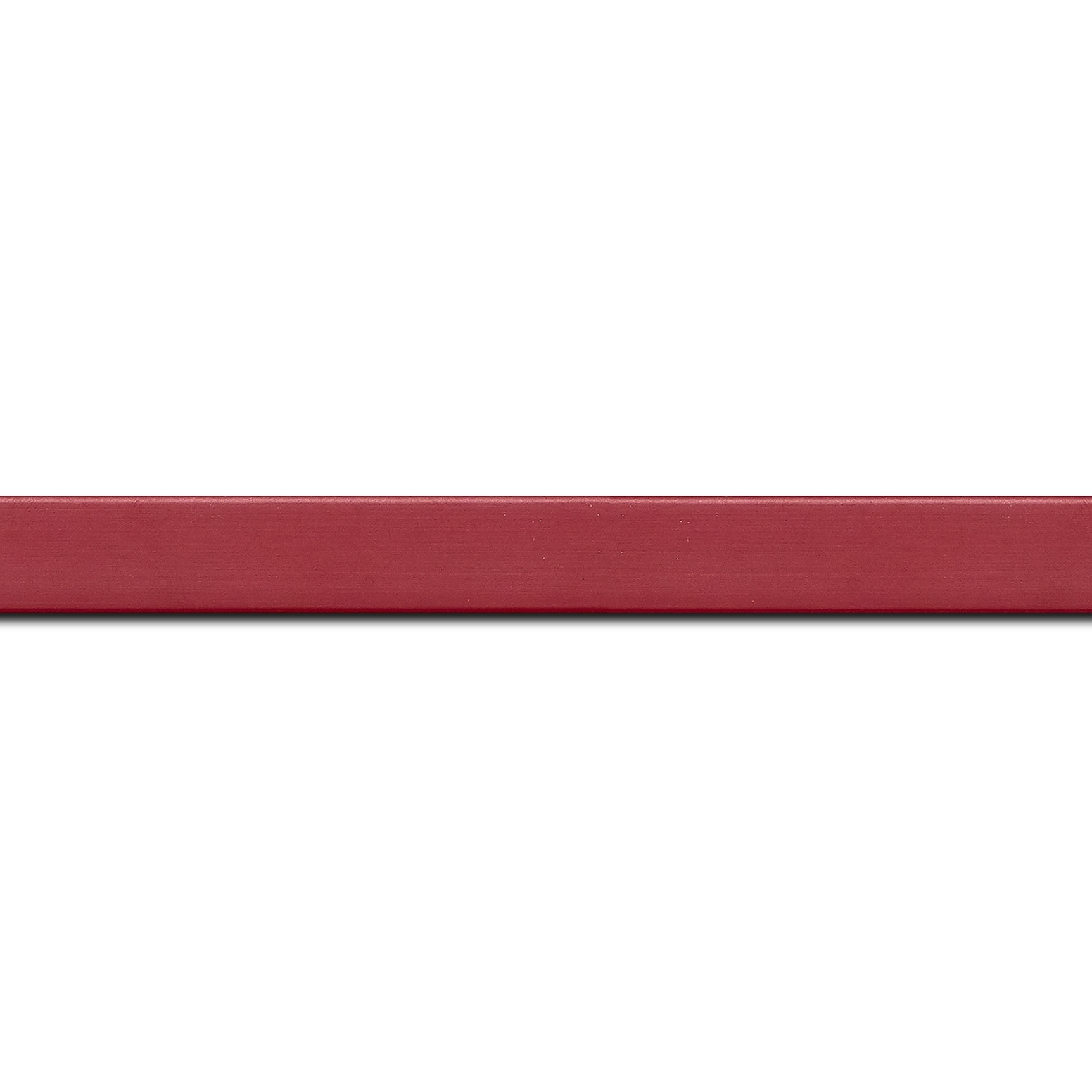 Pack par 12m, bois profil plat effet cube largeur 1.7cm couleur bordeaux satiné (longueur baguette pouvant varier entre 2.40m et 3m selon arrivage des bois)