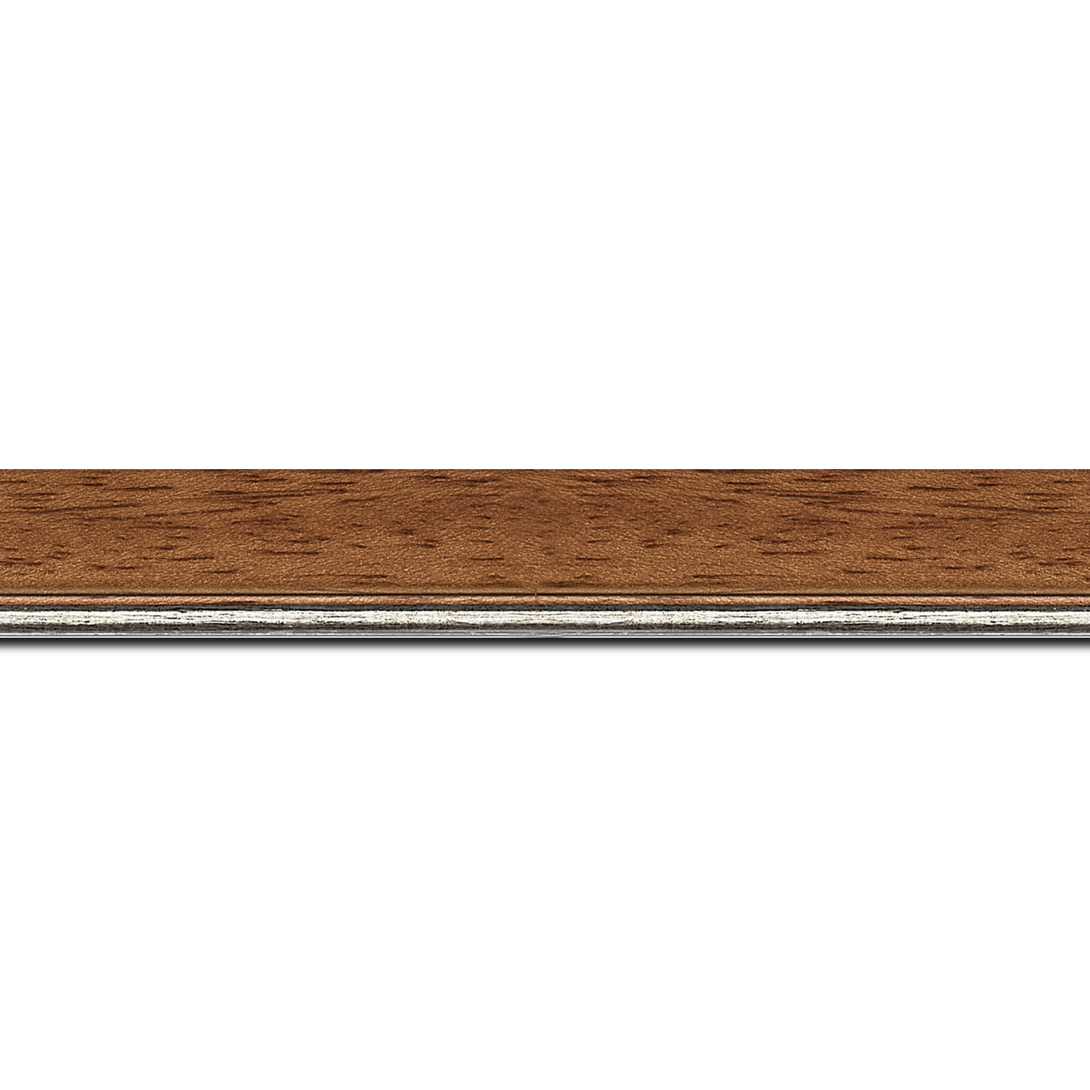 Pack par 12m, bois profil plat largeur 2.5cm couleur marron ton bois filet argent (longueur baguette pouvant varier entre 2.40m et 3m selon arrivage des bois)