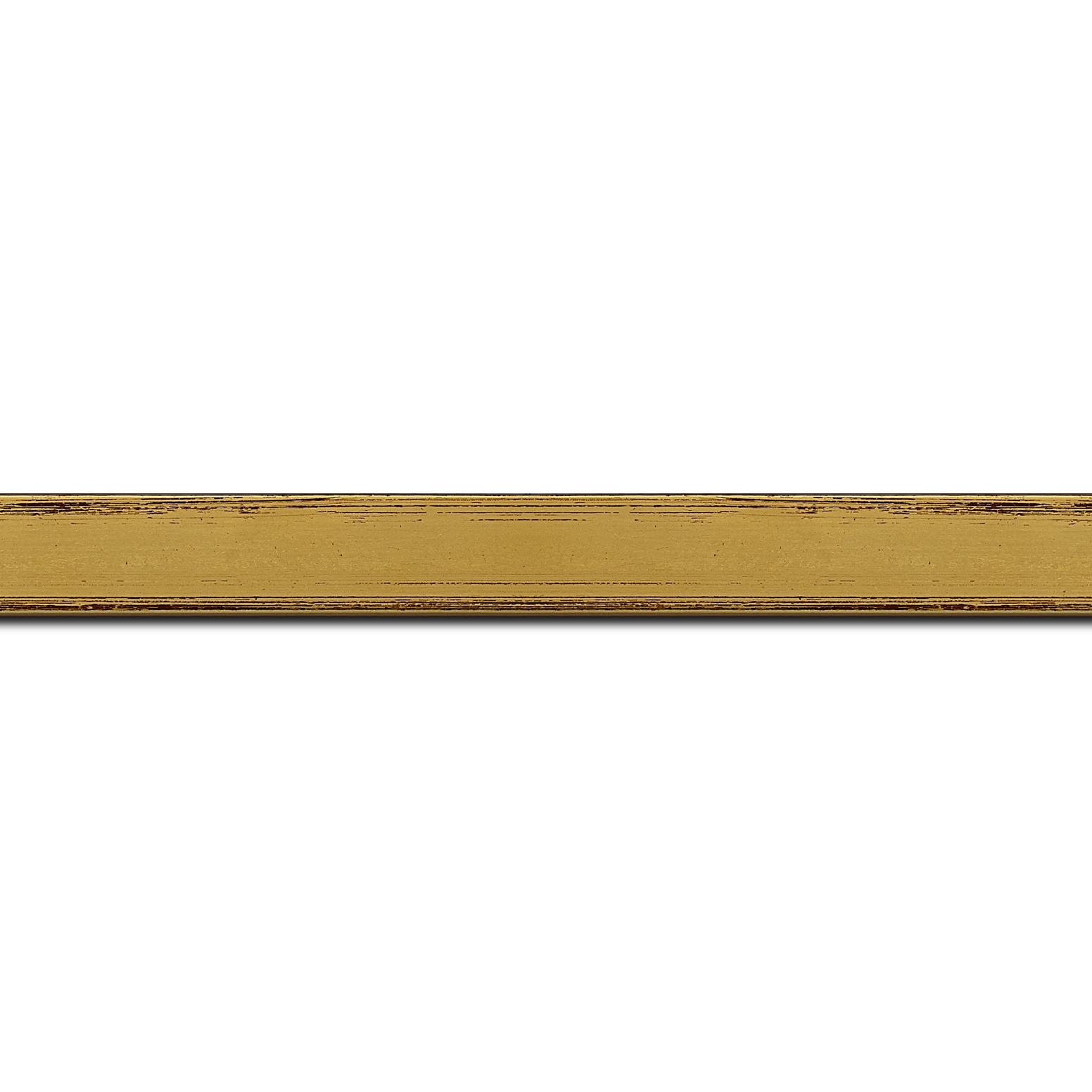 Pack par 12m, bois profil plat largeur 2.1cm hauteur 3.8cm couleur or coté extérieur foncé. finition haut de gamme car dorure à l'eau fait main (longueur baguette pouvant varier entre 2.40m et 3m selon arrivage des bois)
