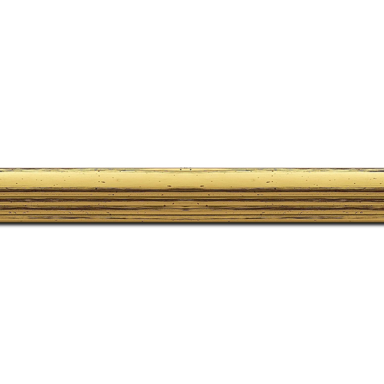 Baguette longueur 1.40m bois profil plat en pente nez escalier largeur 2cm couleur or coté extérieur or. finition haut de gamme car dorure à l'eau fait main