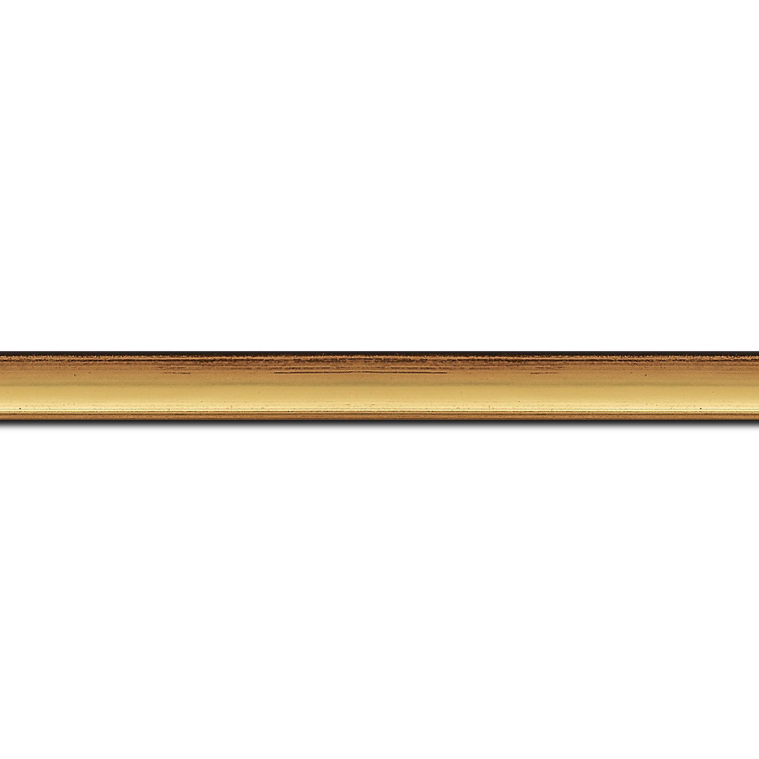Pack par 12m, bois profil concave largeur 1.4cm couleur or coté extérieur foncé. finition haut de gamme car dorure à l'eau fait main (longueur baguette pouvant varier entre 2.40m et 3m selon arrivage des bois)