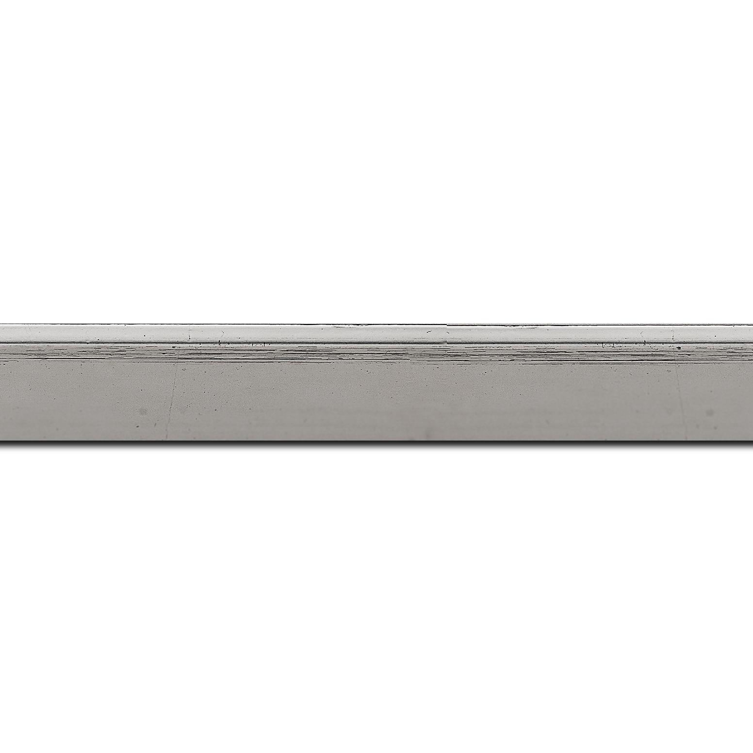Baguette longueur 1.40m bois profil en pente plongeant largeur 2.2cm couleur argent coté extérieur foncé. finition haut de gamme car dorure à l'eau fait main
