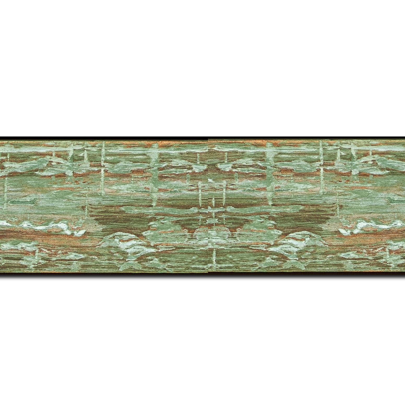 Pack par 12m, bois profil plat largeur 5cm couleur vert finition bois brut aspect palette (longueur baguette pouvant varier entre 2.40m et 3m selon arrivage des bois)