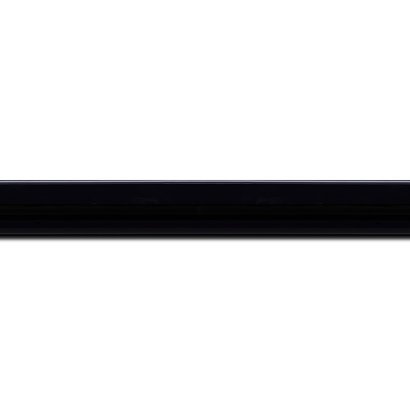 Baguette longueur 1.40m bois profil méplat largeur 2.3cm couleur bleu nuit très foncé laqué