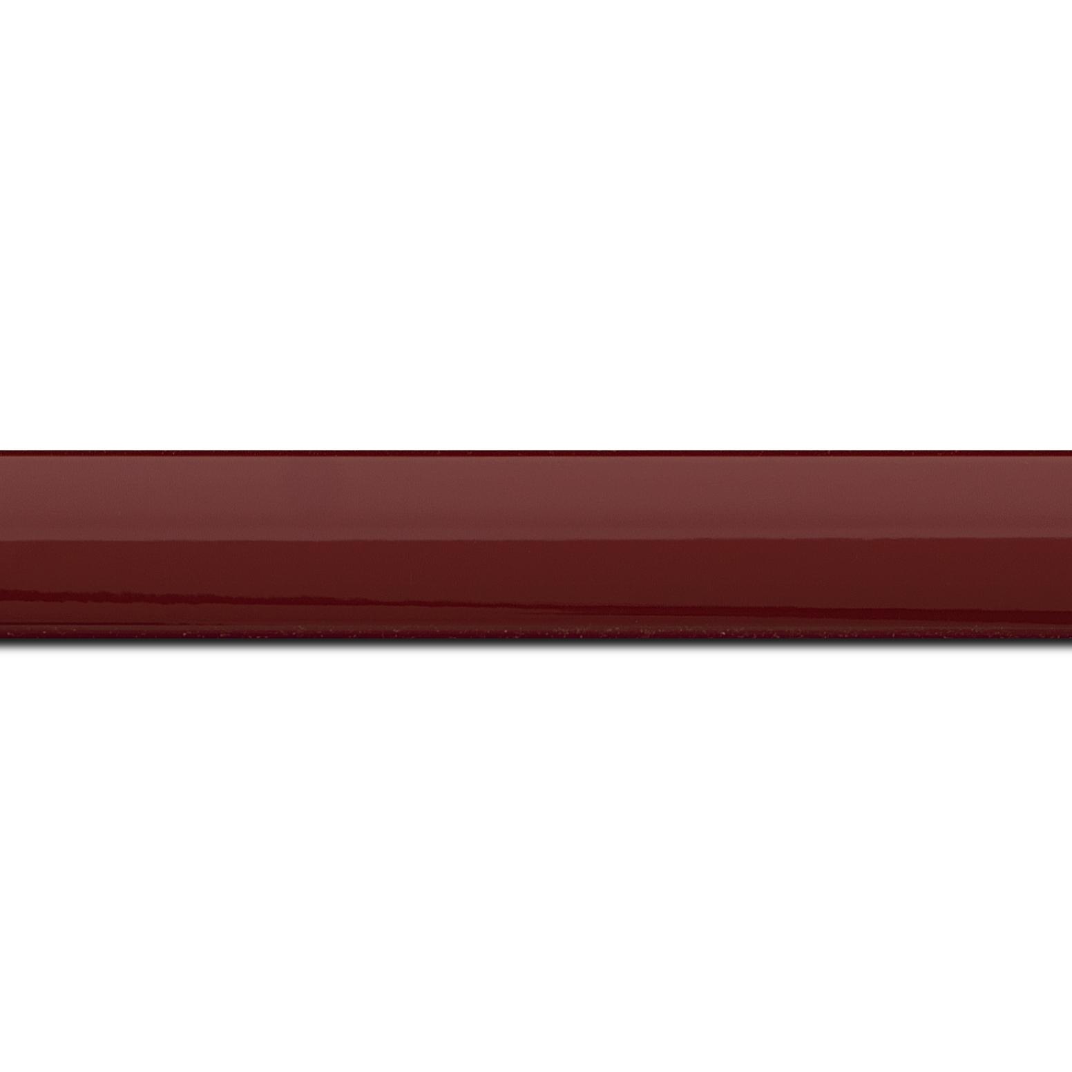 Pack par 12m, bois profil méplat largeur 2.3cm couleur bordeaux laqué (longueur baguette pouvant varier entre 2.40m et 3m selon arrivage des bois)