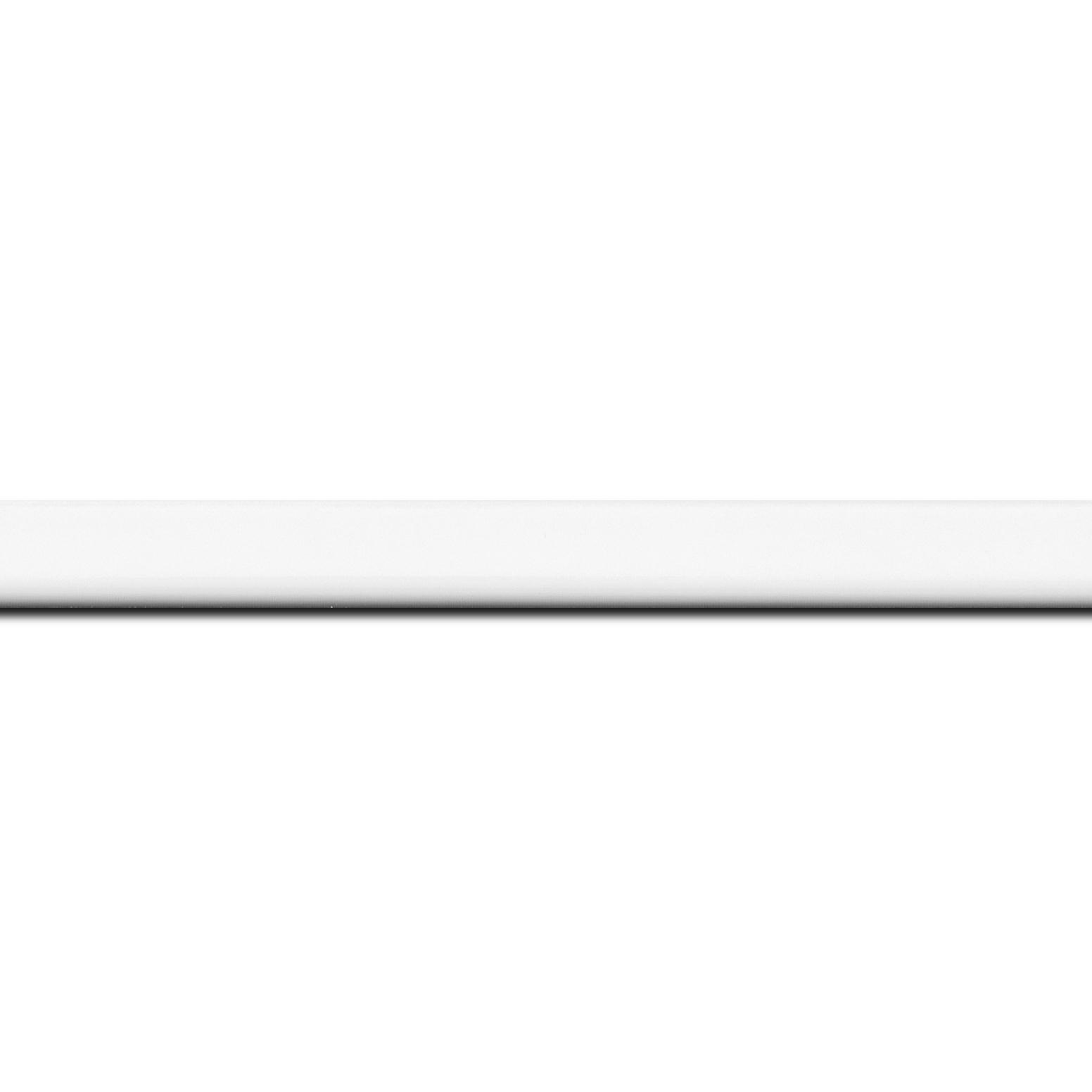 Baguette longueur 1.40m bois profil méplat largeur 1.4cm couleur blanc laqué