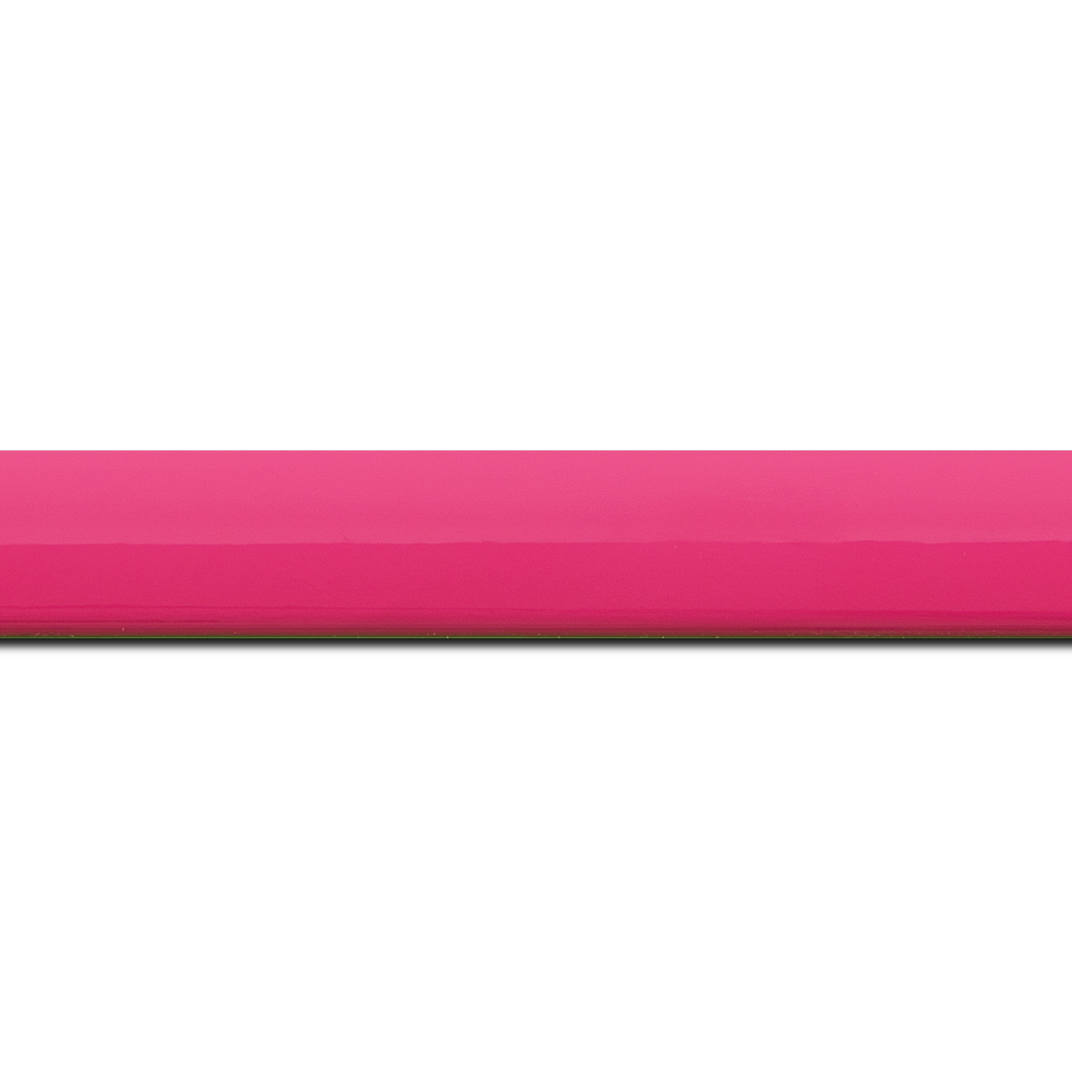 Baguette longueur 1.40m bois profil méplat largeur 2.3cm couleur rose tonique laqué