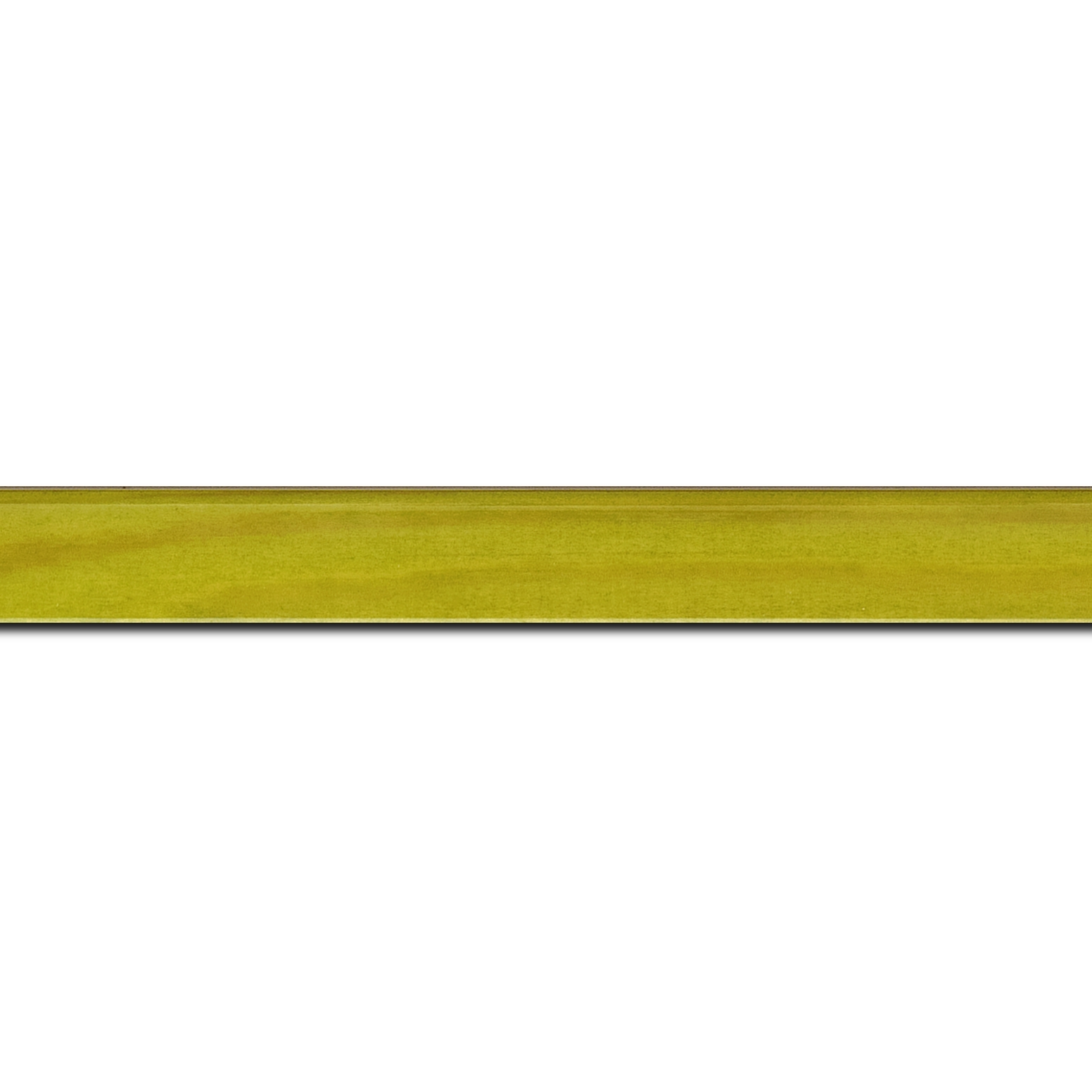 Pack par 12m, bois profil arrondi plongeant largeur 2cm couleur vert anis vernis sur pin (veine du bois apparent) (longueur baguette pouvant varier entre 2.40m et 3m selon arrivage des bois)