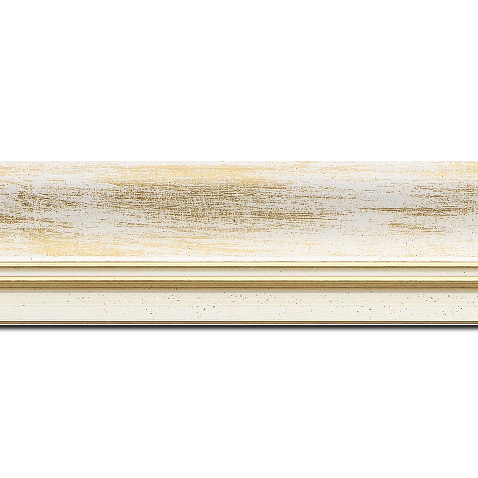 Pack par 12m, bois profil incurvé largeur 5.7cm de couleur blanc fond or marie louise blanche mouchetée filet or intégré(longueur baguette pouvant varier entre 2.40m et 3m selon arrivage des bois)