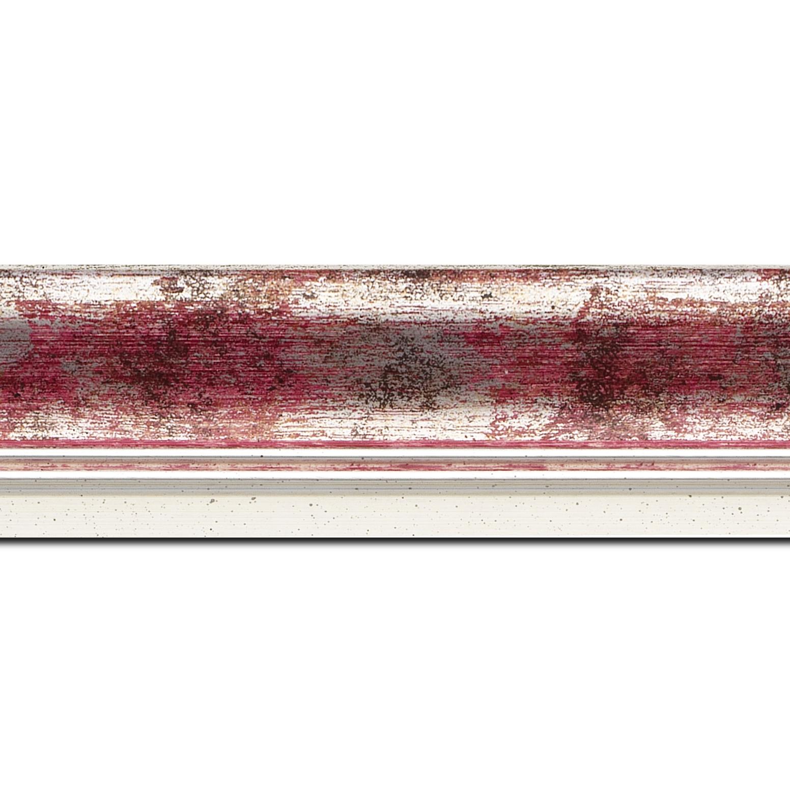 Pack par 12m, bois profil incurvé largeur 5.7cm de couleur rose fushia fond argent marie louise blanche mouchetée filet argent intégré(longueur baguette pouvant varier entre 2.40m et 3m selon arrivage des bois)