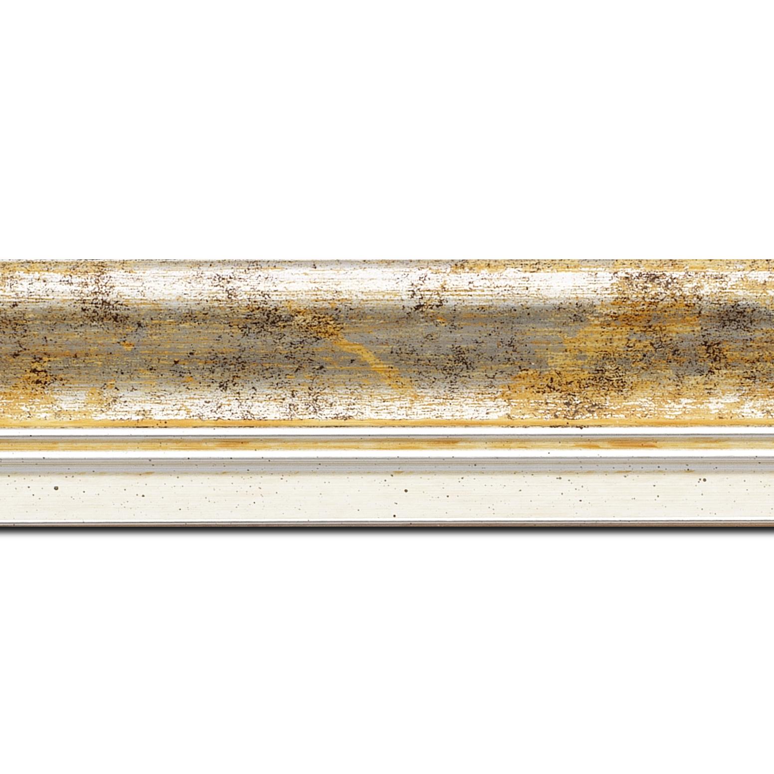 Pack par 12m, bois profil incurvé largeur 5.7cm de couleur jaune fond argent marie louise blanche mouchetée filet argent intégré(longueur baguette pouvant varier entre 2.40m et 3m selon arrivage des bois)