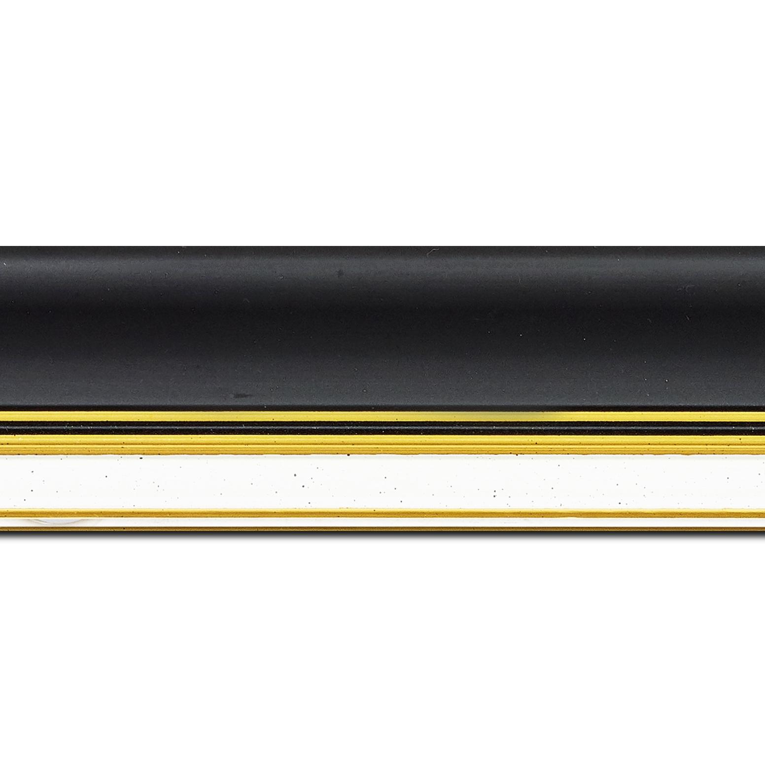 Baguette longueur 1.40m bois profil incurvé largeur 5.7cm de couleur noir mat marie louise blanche mouchetée filet or intégré