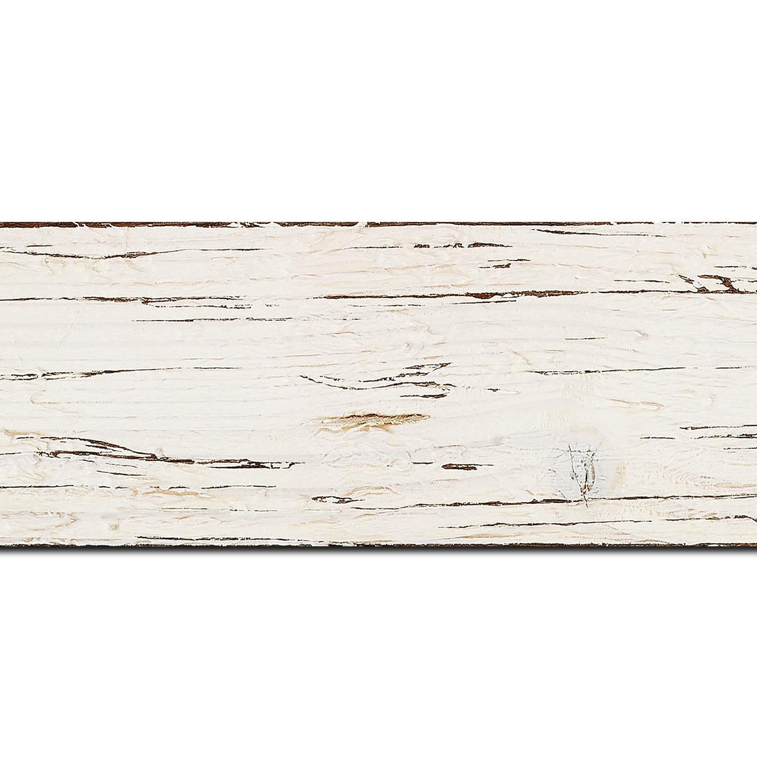 Pack par 12m, bois profil plat largeur 6.7cm couleur blanchie finition aspect vieilli antique   (longueur baguette pouvant varier entre 2.40m et 3m selon arrivage des bois)