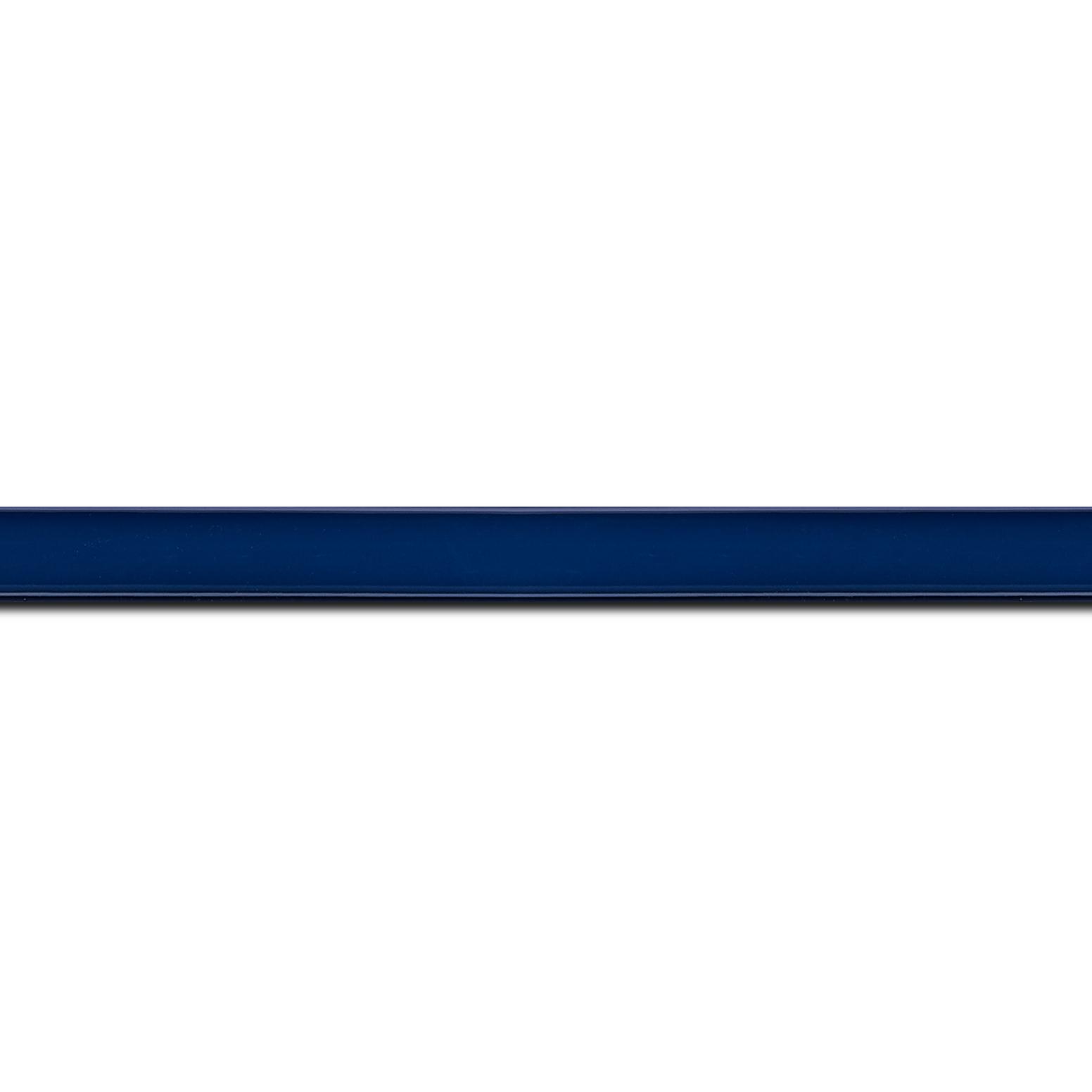 Pack par 12m, bois profil méplat largeur 1.4cm couleur bleu laqué (longueur baguette pouvant varier entre 2.40m et 3m selon arrivage des bois)