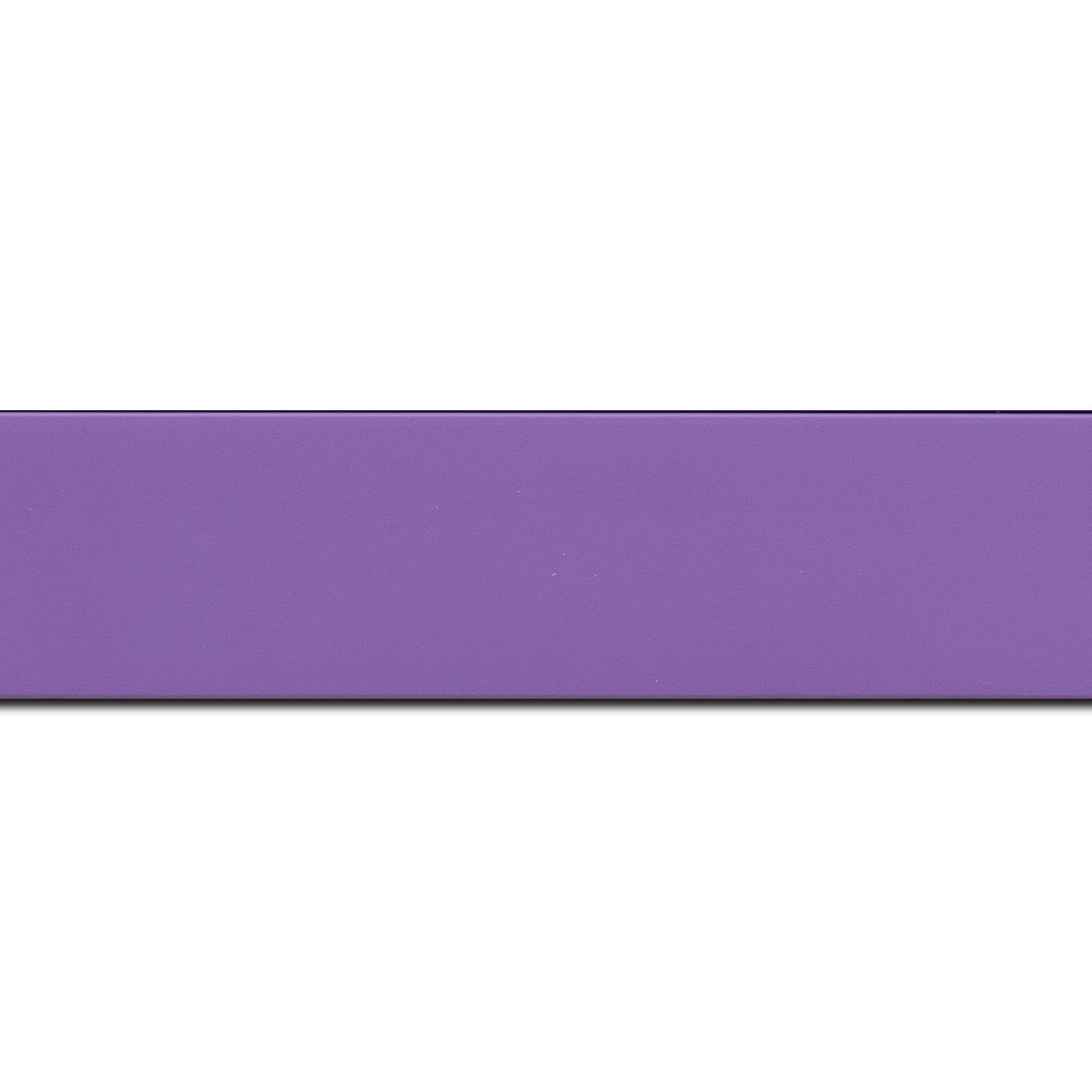 Pack par 12m, bois profil plat largeur 3.9cm couleur violet mat (longueur baguette pouvant varier entre 2.40m et 3m selon arrivage des bois)