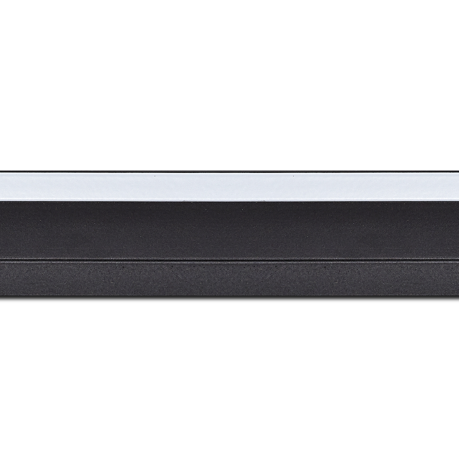 Baguette longueur 1.40m bois caisse américaine profil escalier largeur 4.4cm noir mat filet blanc (spécialement conçu pour les châssis d'une épaisseur jusqu'à 2.5cm )