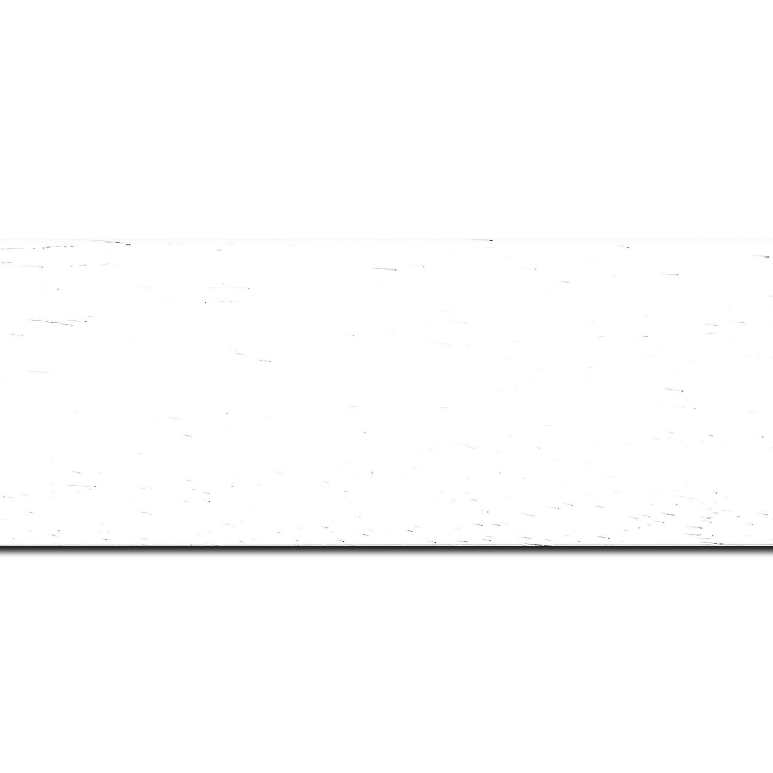 Pack par 12m, bois profil plat largeur 5.9cm couleur blanc satiné (longueur baguette pouvant varier entre 2.40m et 3m selon arrivage des bois)