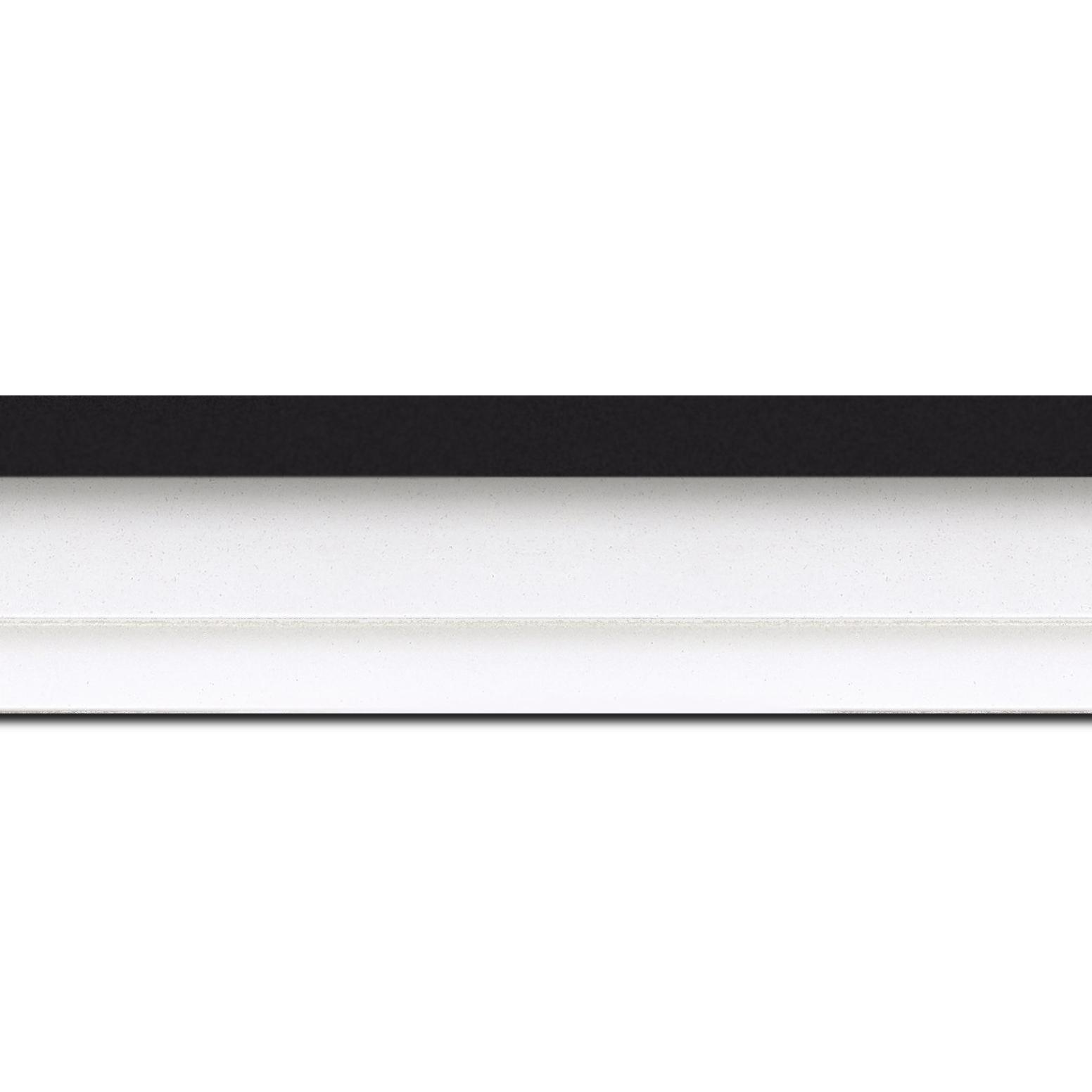 Baguette longueur 1.40m bois caisse américaine profil escalier largeur 4.4cm blanc mat filet noir (spécialement conçu pour les châssis d'une épaisseur jusqu'à 2.5cm )