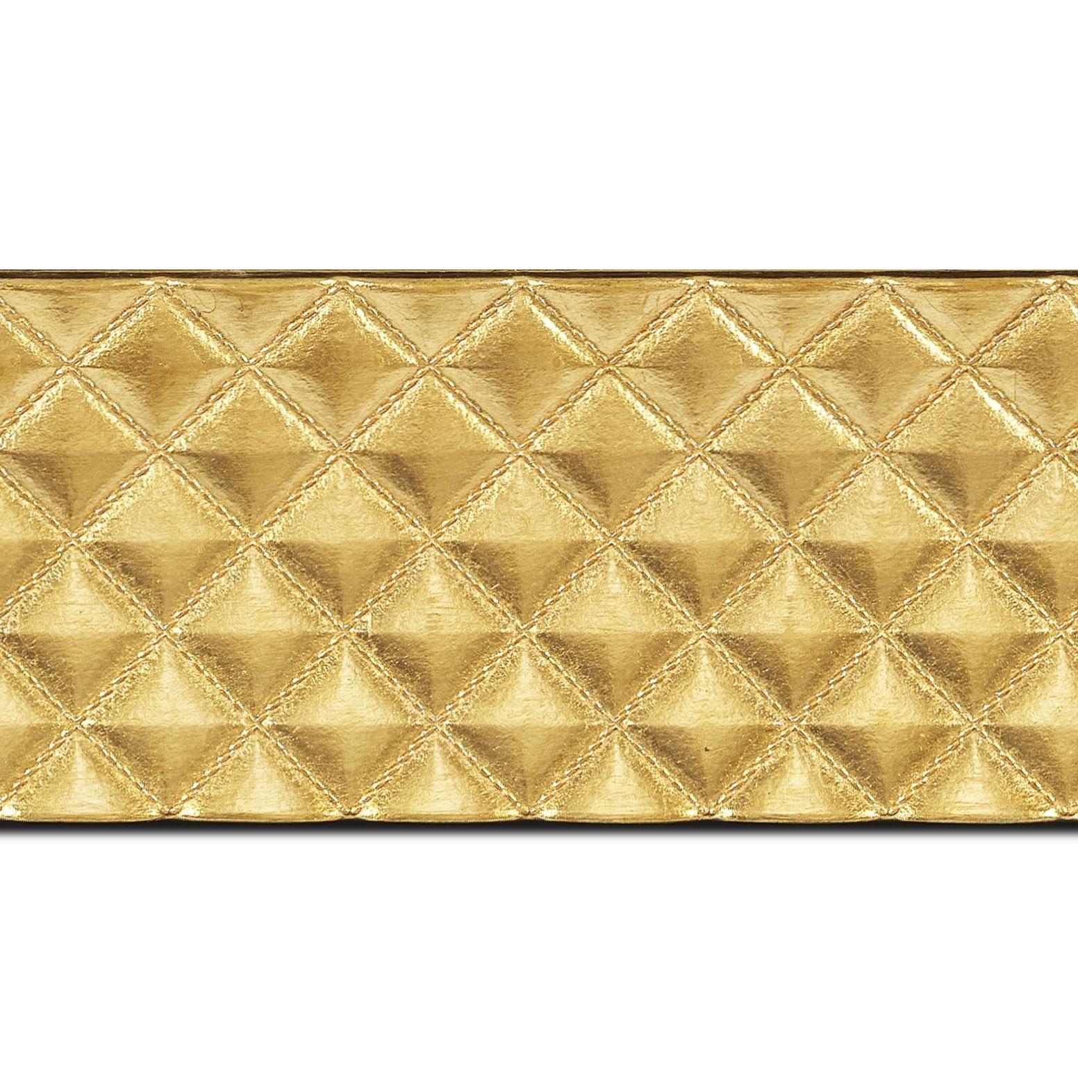 Baguette longueur 1.40m bois profil incurvé largeur 8.1cm or effet capitonné
