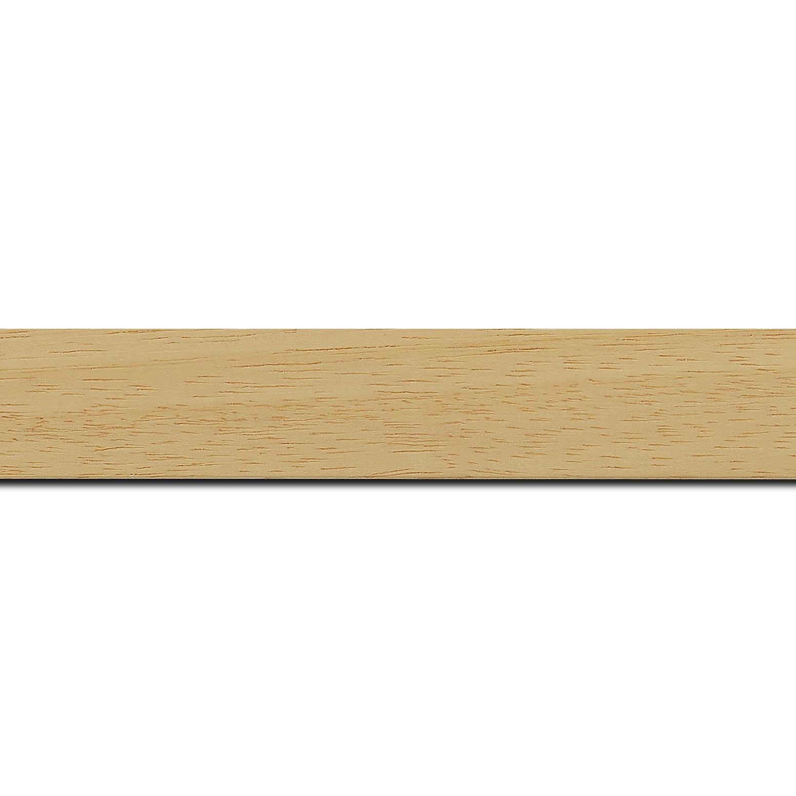 Pack par 12m, bois profil plat largeur 3cm couleur naturel satiné (longueur baguette pouvant varier entre 2.40m et 3m selon arrivage des bois)
