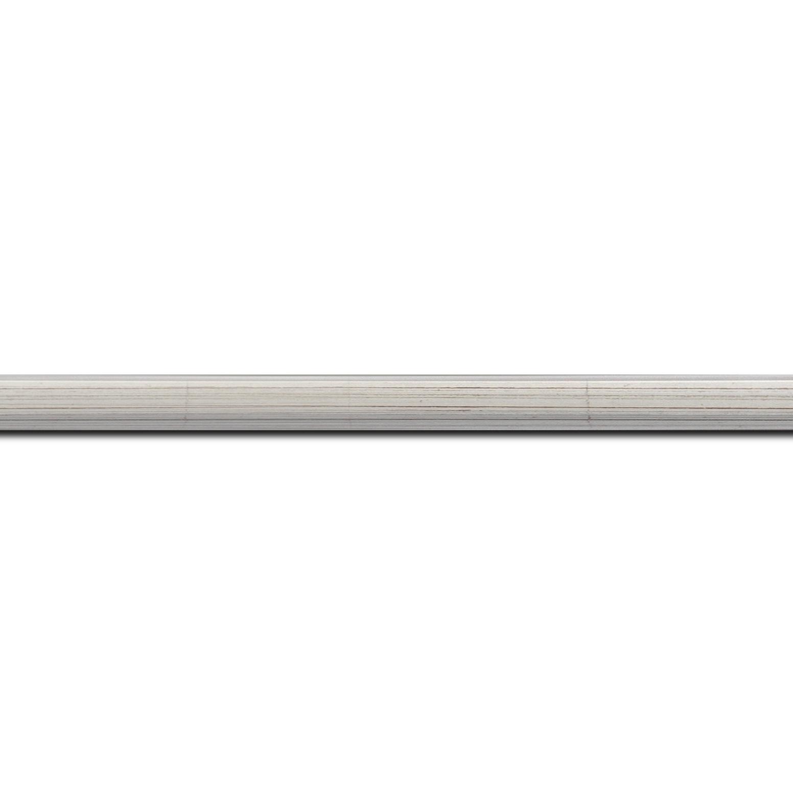 Pack par 12m, bois profil plat largeur 1.6cm argent patiné à la feuille nez chanfrein (longueur baguette pouvant varier entre 2.40m et 3m selon arrivage des bois)