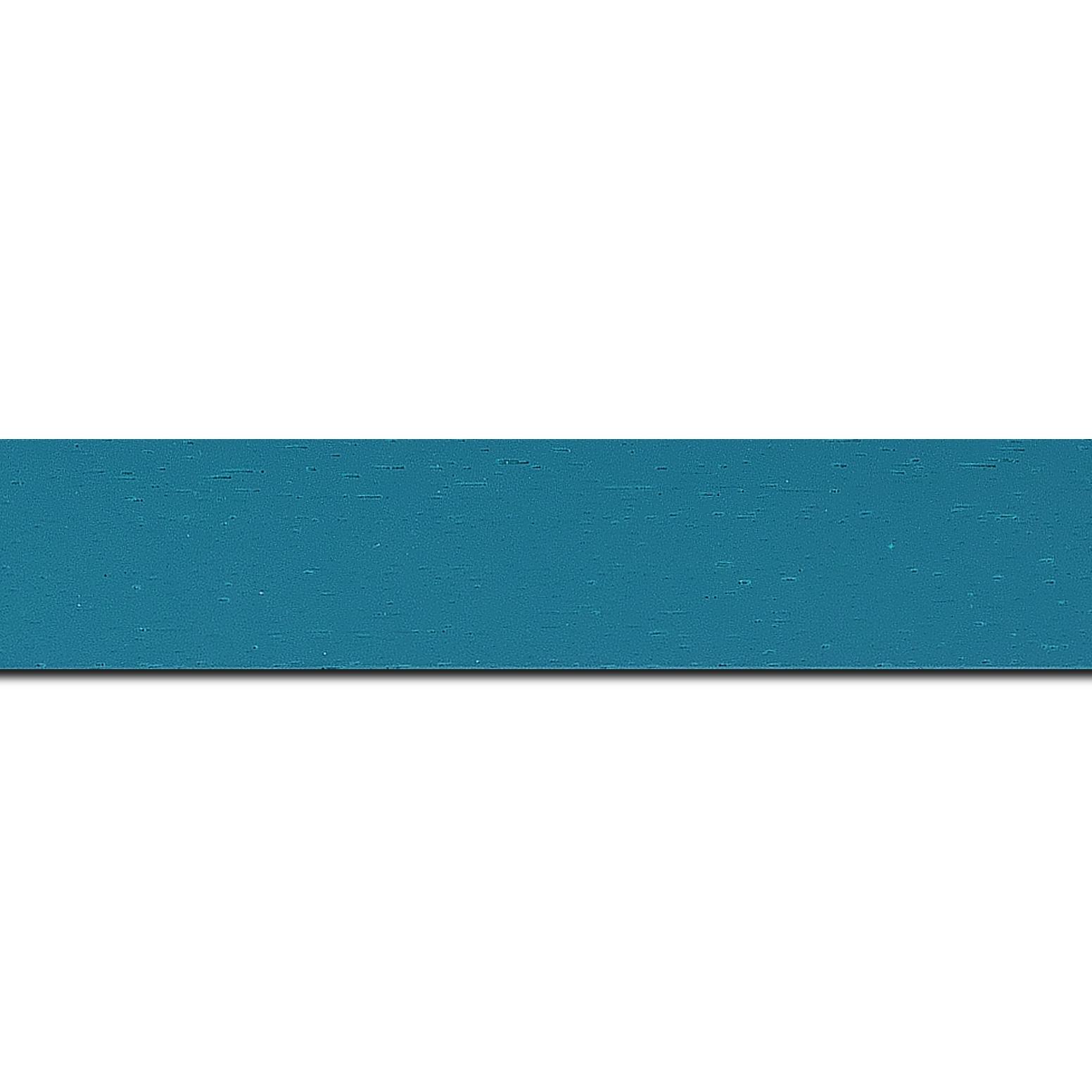 Pack par 12m, bois profil plat largeur 3cm couleur bleu turquoise satiné (longueur baguette pouvant varier entre 2.40m et 3m selon arrivage des bois)