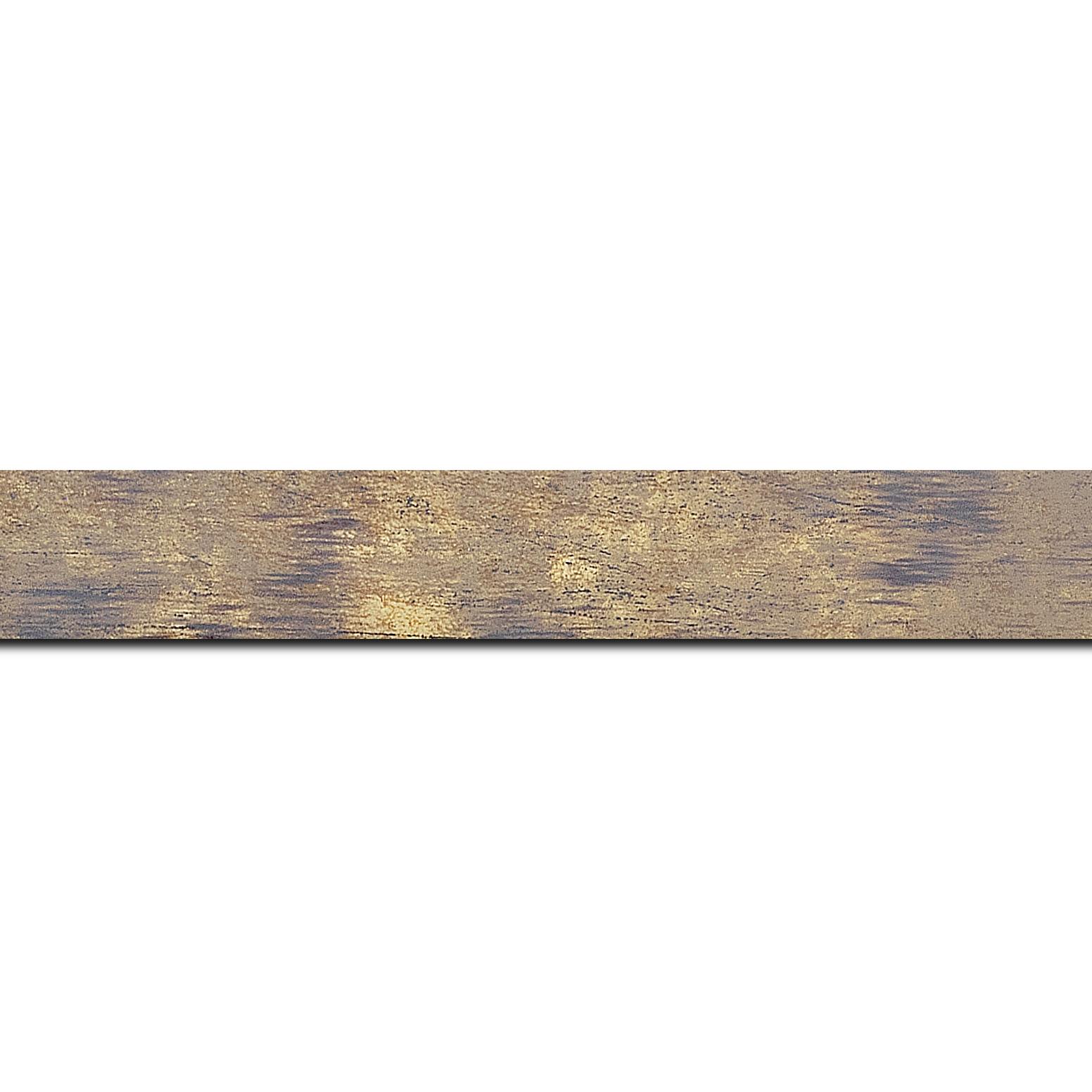 Baguette longueur 1.40m bois profil concave largeur 2.4cm de couleur terre patiné fond or