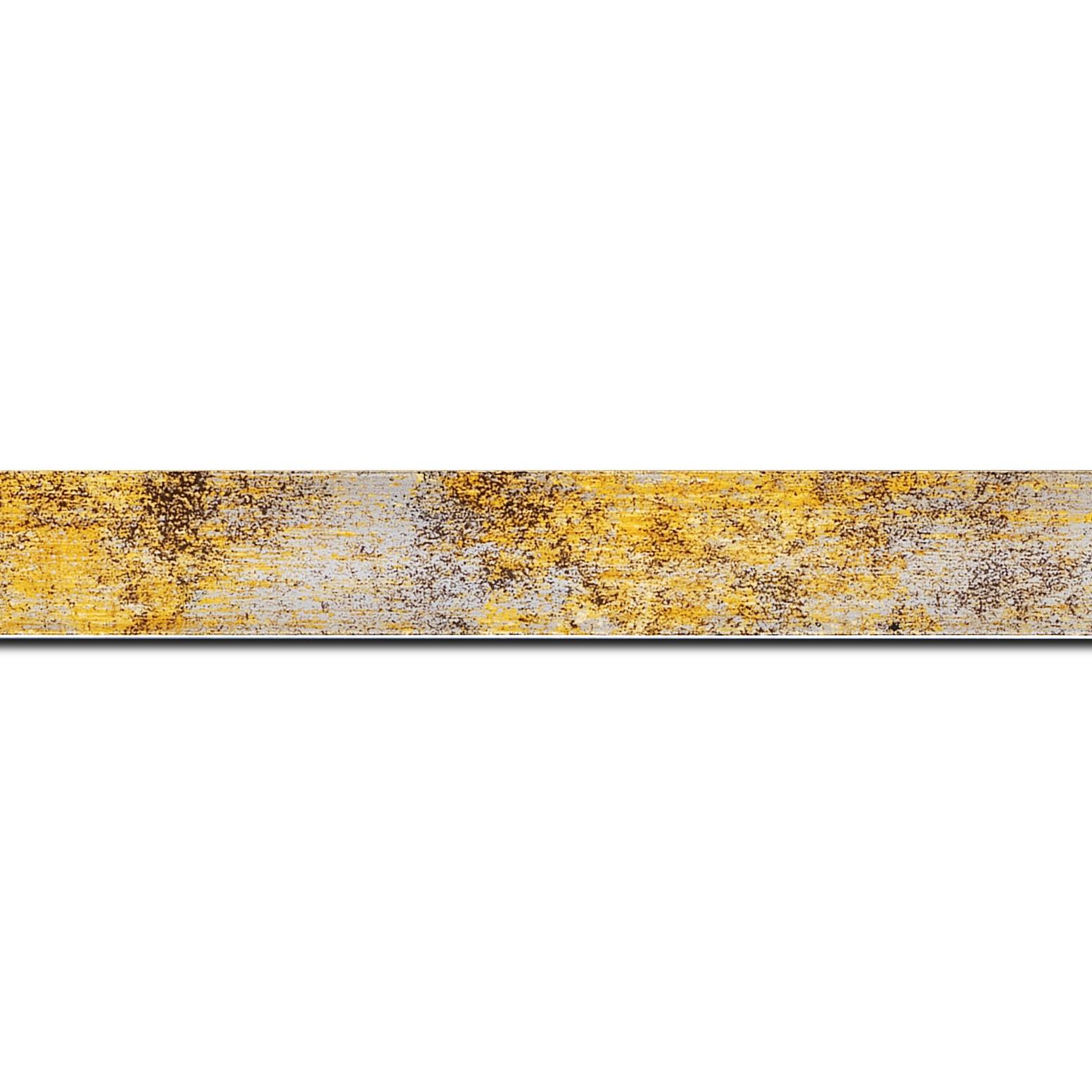 Pack par 12m, bois profil concave largeur 2.4cm de couleur jaune moucheté fond argent (longueur baguette pouvant varier entre 2.40m et 3m selon arrivage des bois)