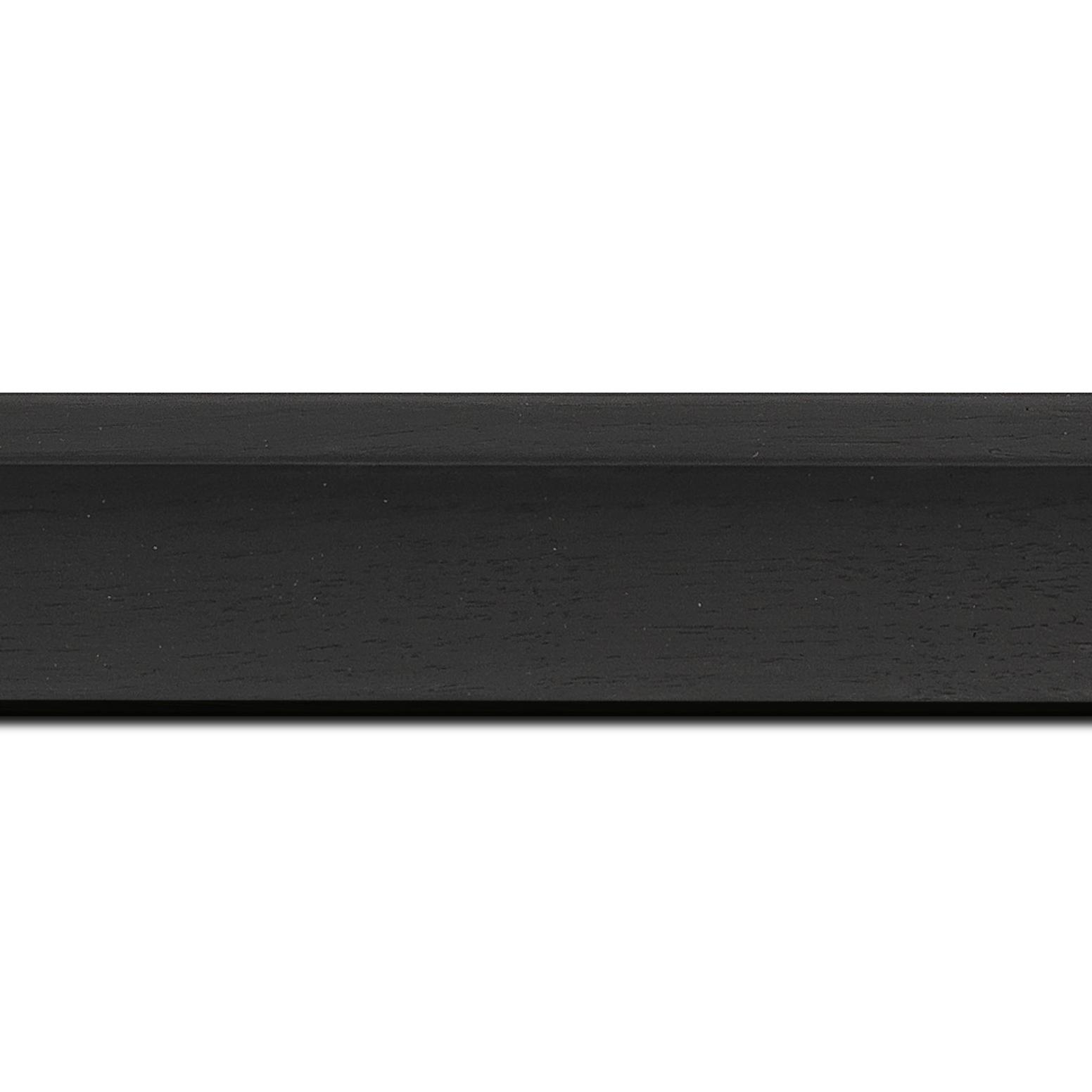 Pack par 12m, bois caisse américaine profil en l largeur 4.5cm placage haut de gamme  chêne teinté noir (spécialement conçu pour les châssis d'une épaisseur jusqu'à 3.5cm ) information complémentaire : il faut renseigner la dimension précise de votre sujet  et l'espace intérieur entre la toile et le cadre sera de 1.5cm (longueur baguette pouvant varier entre 2.40m et 3m selon arrivage des bois)