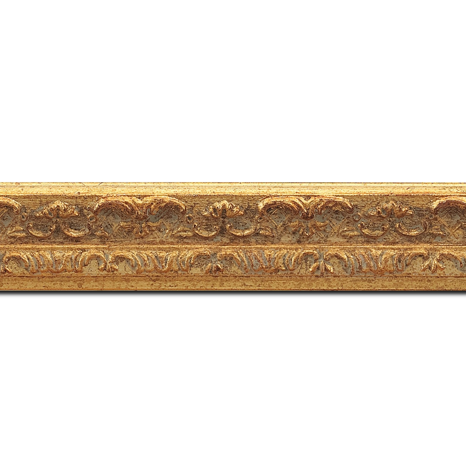 Pack par 12m, bois profil incurvé largeur 2.8cm or antique à la feuille style (longueur baguette pouvant varier entre 2.40m et 3m selon arrivage des bois)