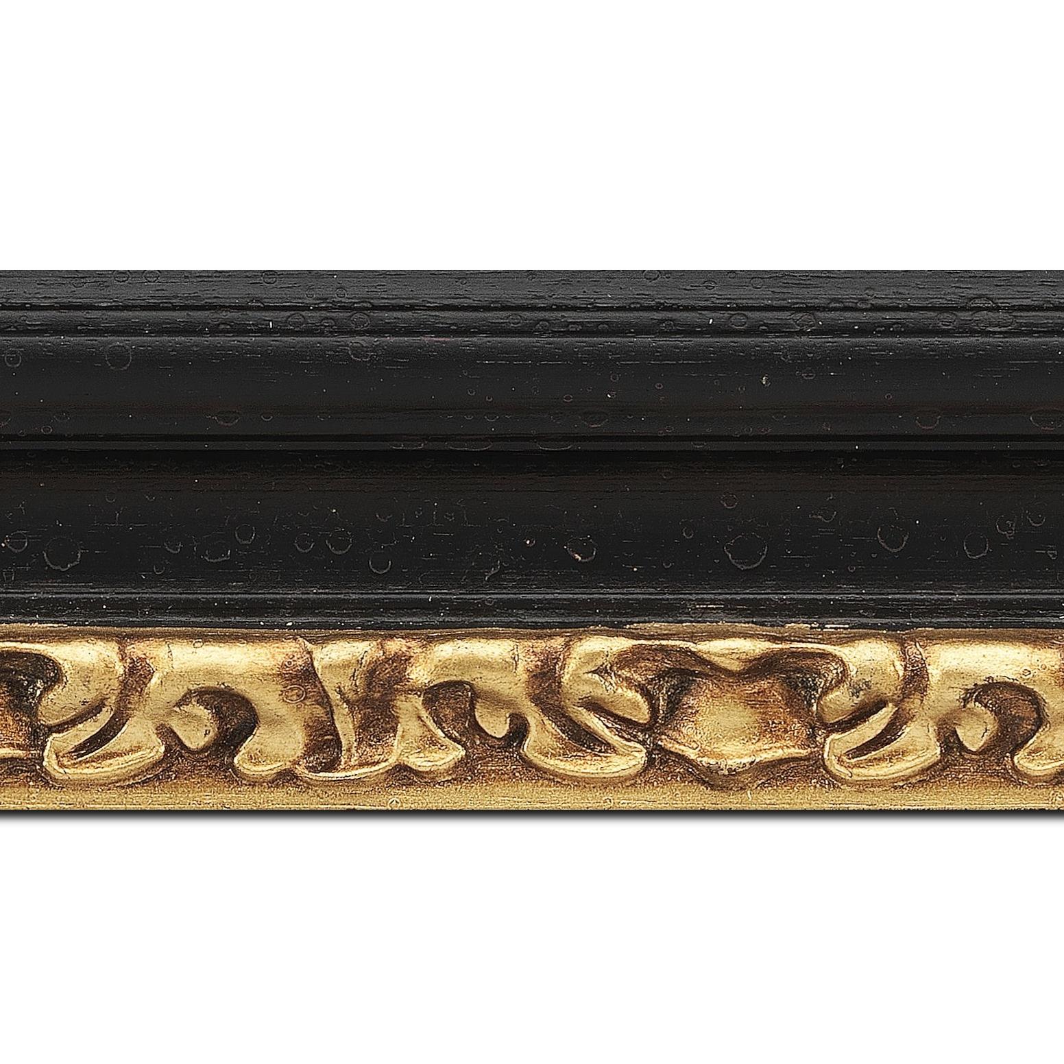 Baguette longueur 1.40m bois profil incurvé largeur 7.9cm noir antique nez or à la feuille style