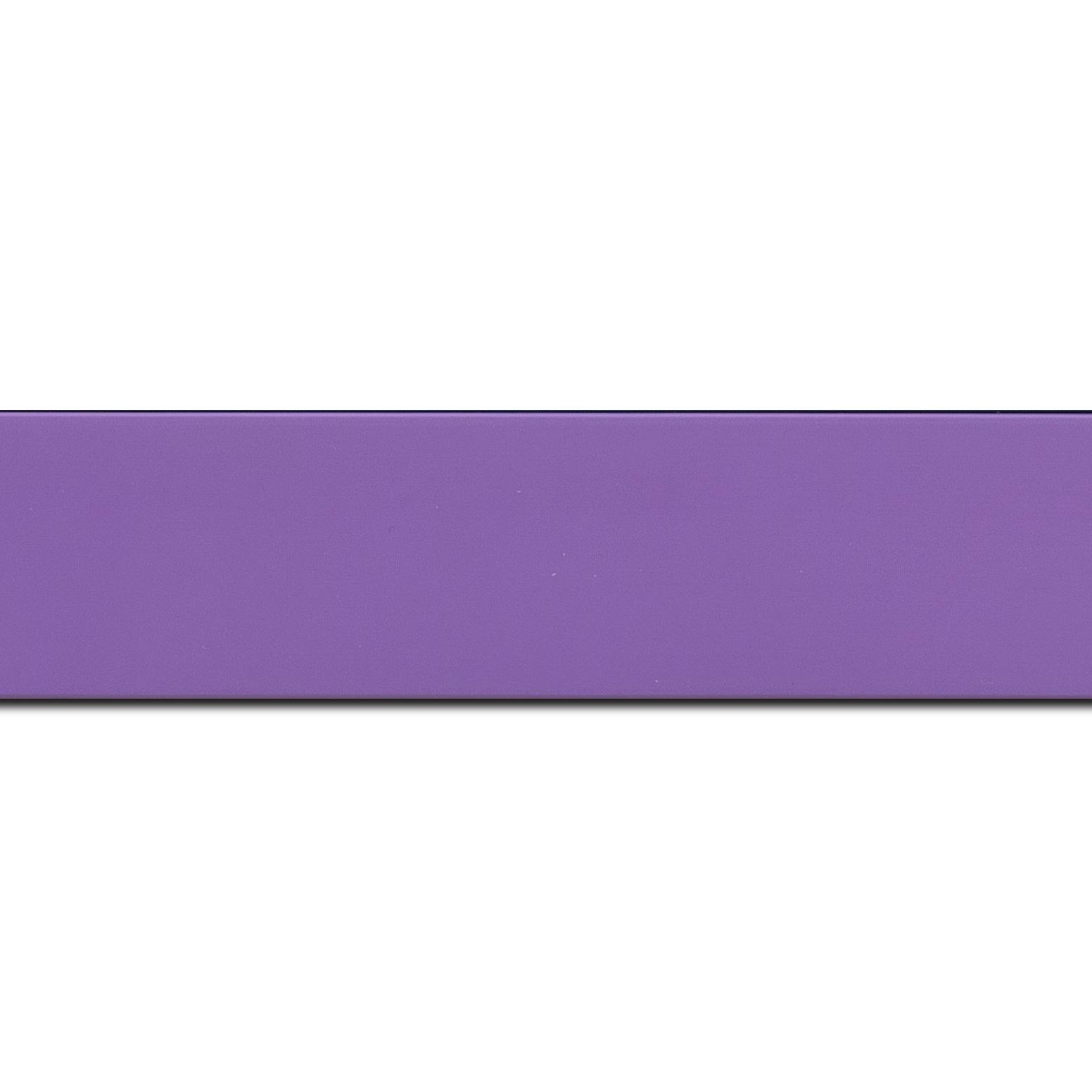 Baguette longueur 1.40m bois profil plat largeur 3.9cm couleur violet mat