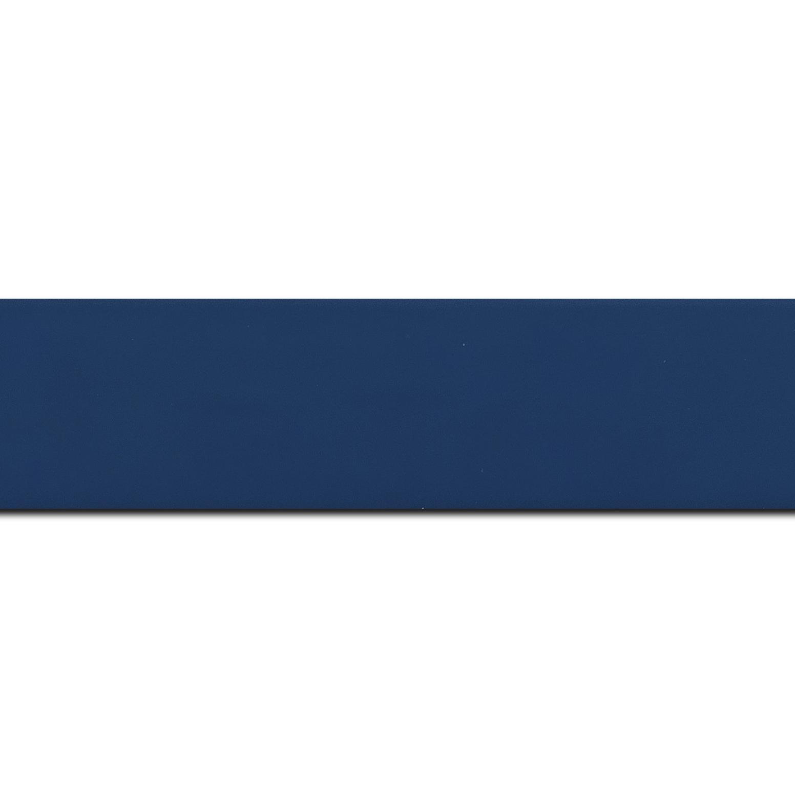 Baguette longueur 1.40m bois profil plat largeur 3.9cm couleur bleu grec mat
