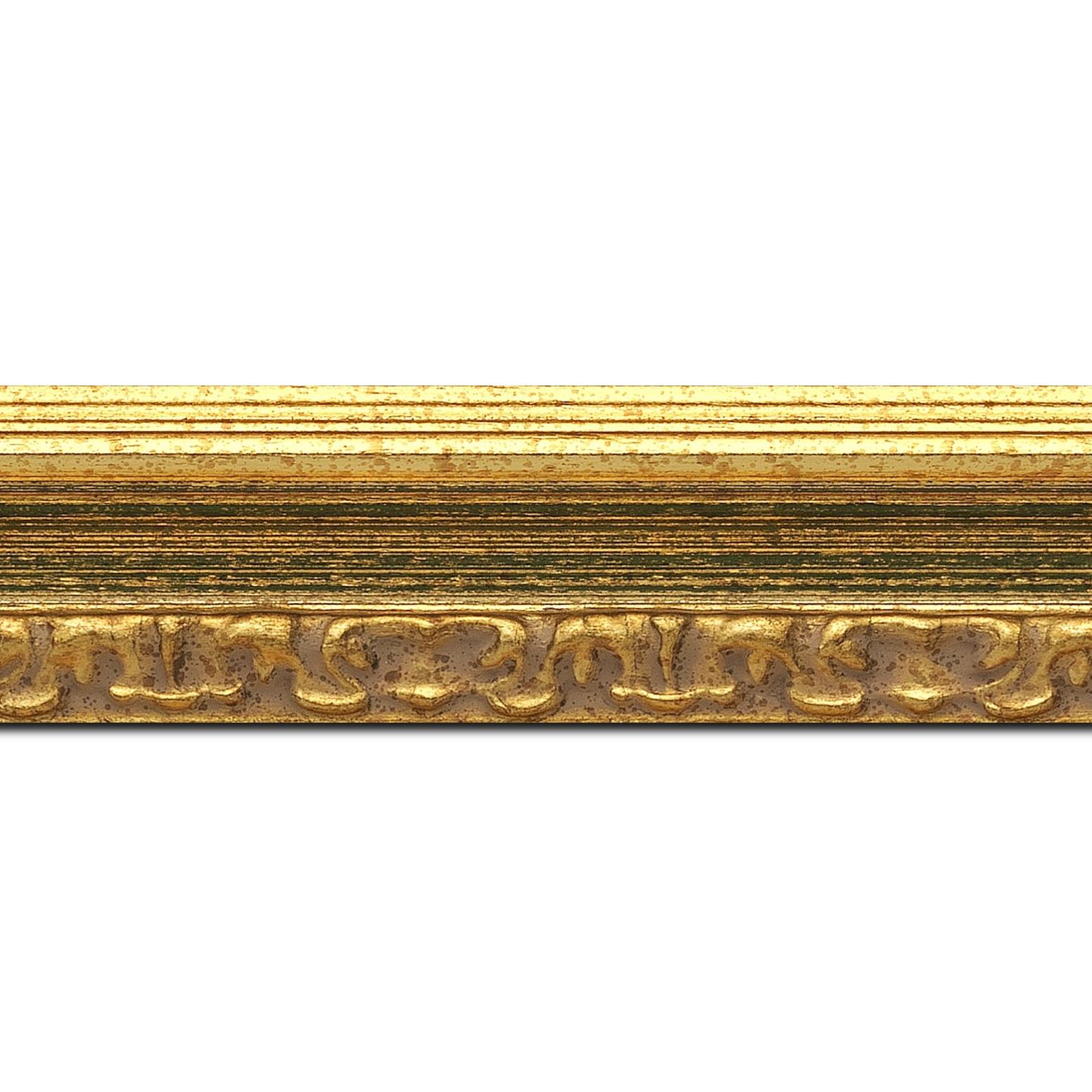 Pack par 12m, bois profil incurvé largeur 5.1cm couleur or patiné à la feuille gorge vert fond or nez ornement (longueur baguette pouvant varier entre 2.40m et 3m selon arrivage des bois)