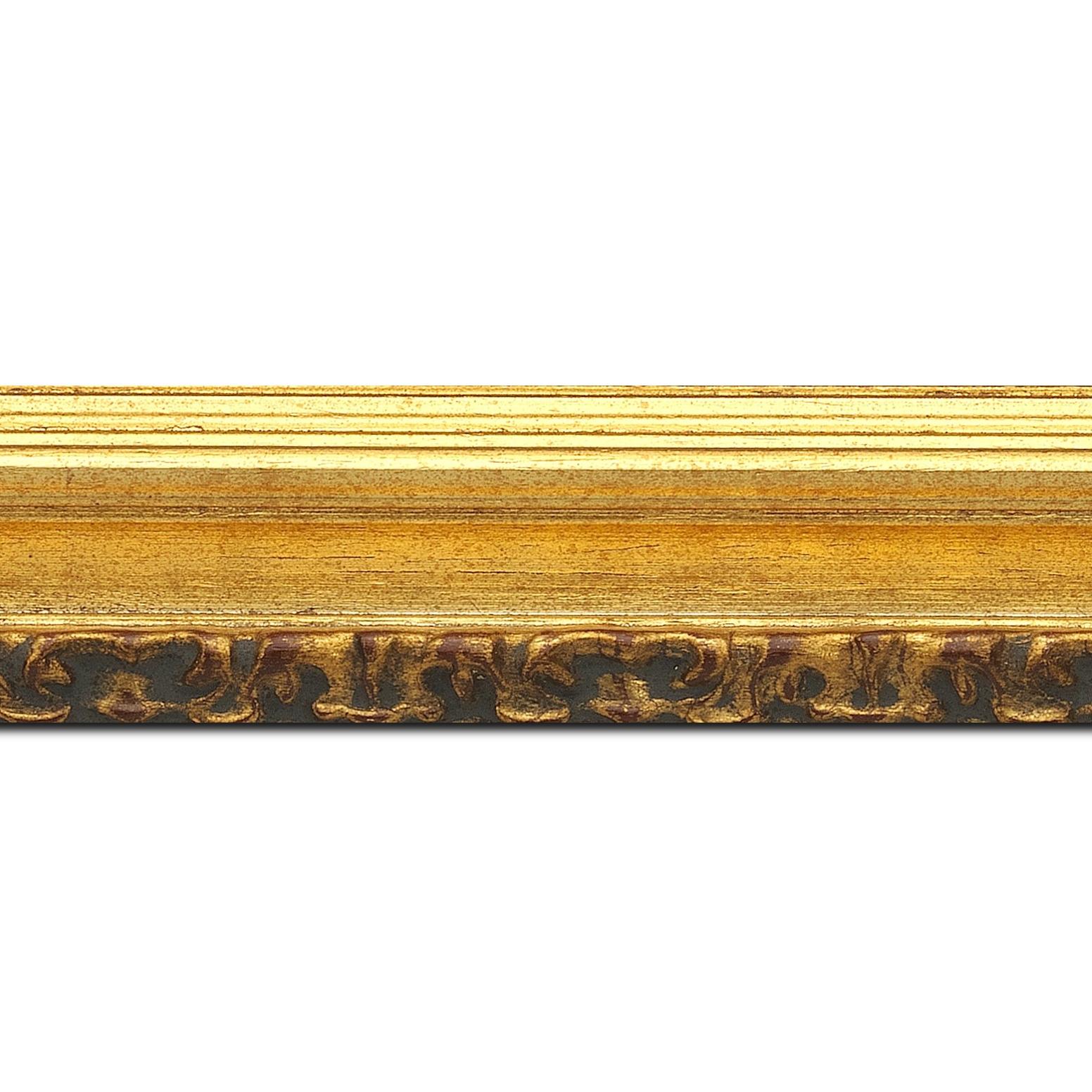 Pack par 12m, bois profil incurvé largeur 5.1cm couleur or patiné à la feuille gorge or nez ornement (longueur baguette pouvant varier entre 2.40m et 3m selon arrivage des bois)
