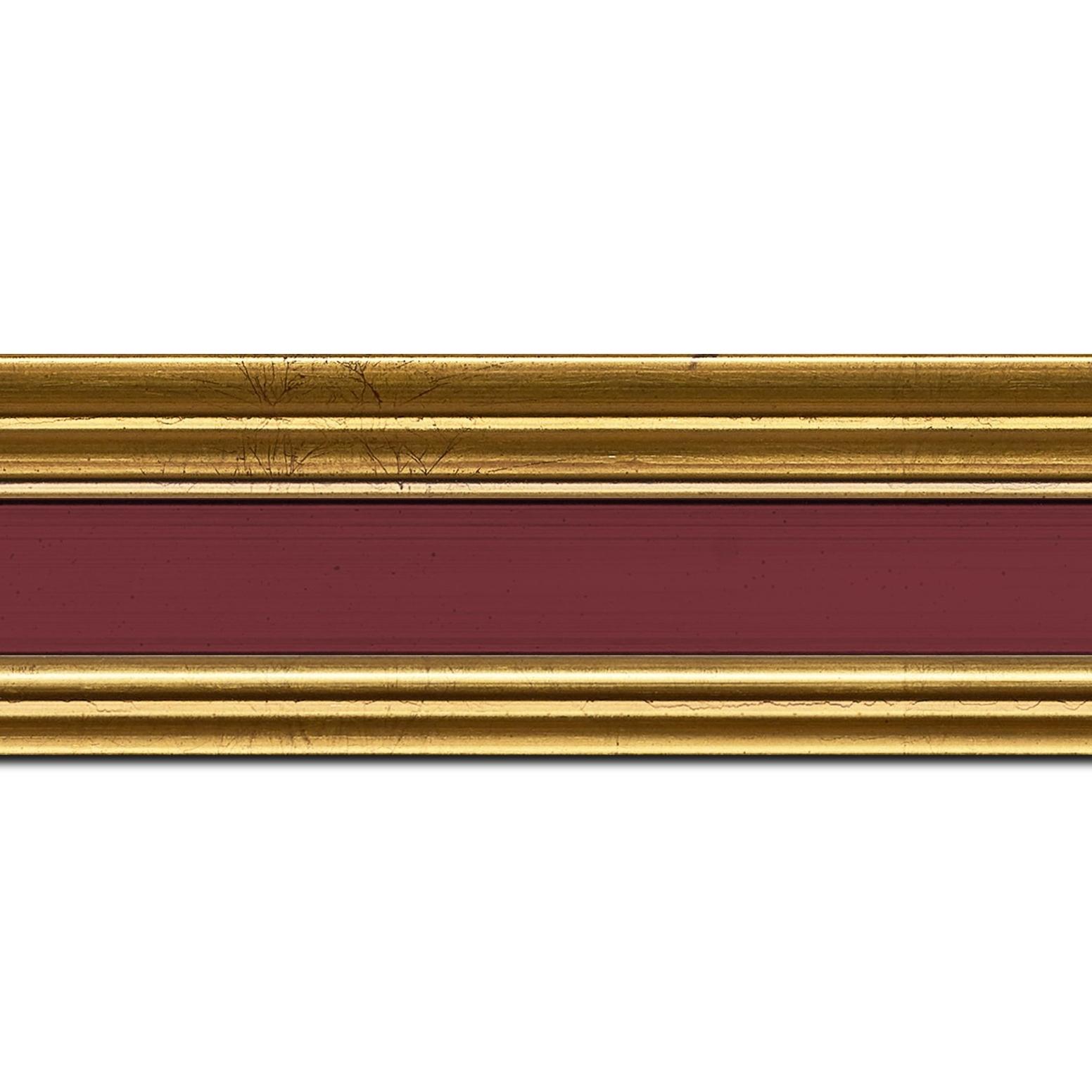 Pack par 12m, bois profil braque largeur 5.2cm or patiné gorge bordeaux antique (longueur baguette pouvant varier entre 2.40m et 3m selon arrivage des bois)