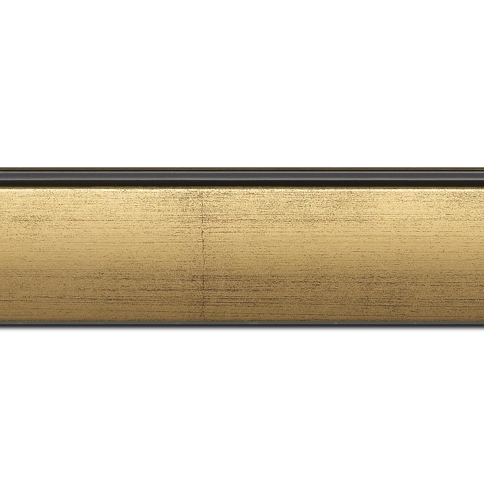 Pack par 12m, bois profil en pente méplat largeur 4.8cm or satiné surligné par une gorge extérieure noire : originalité et élégance assurée (longueur baguette pouvant varier entre 2.40m et 3m selon arrivage des bois)