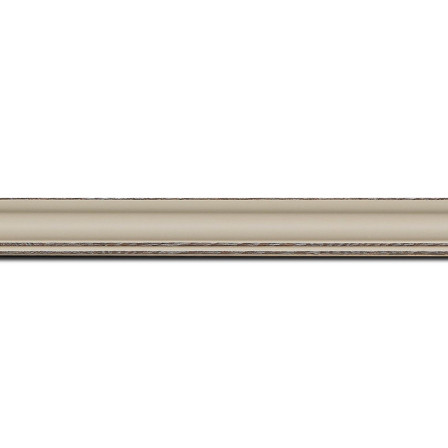 Pack par 12m, bois profil doucine inversée largeur 2.3cm argile satiné bord ressuyé(longueur baguette pouvant varier entre 2.40m et 3m selon arrivage des bois)