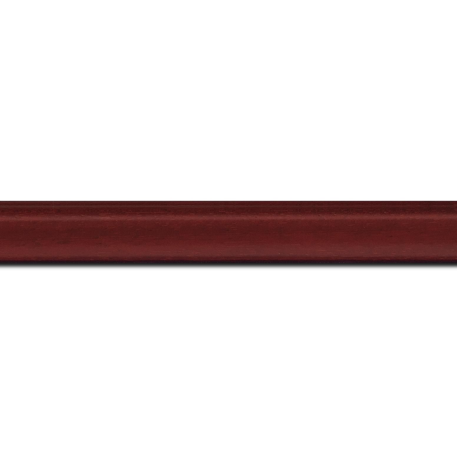 Pack par 12m, bois profil incurvé largeur 2.1cm couleur bordeaux satiné (longueur baguette pouvant varier entre 2.40m et 3m selon arrivage des bois)