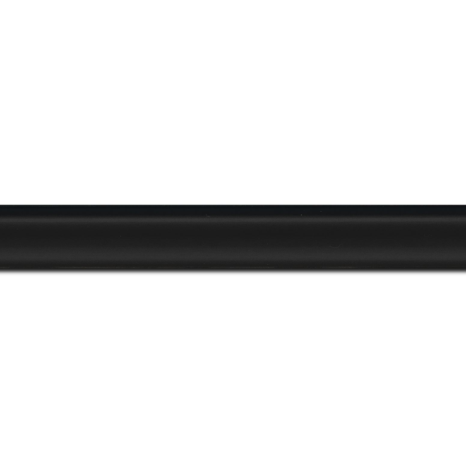 Baguette longueur 1.40m bois profil incurvé largeur 2.1cm couleur noir mat