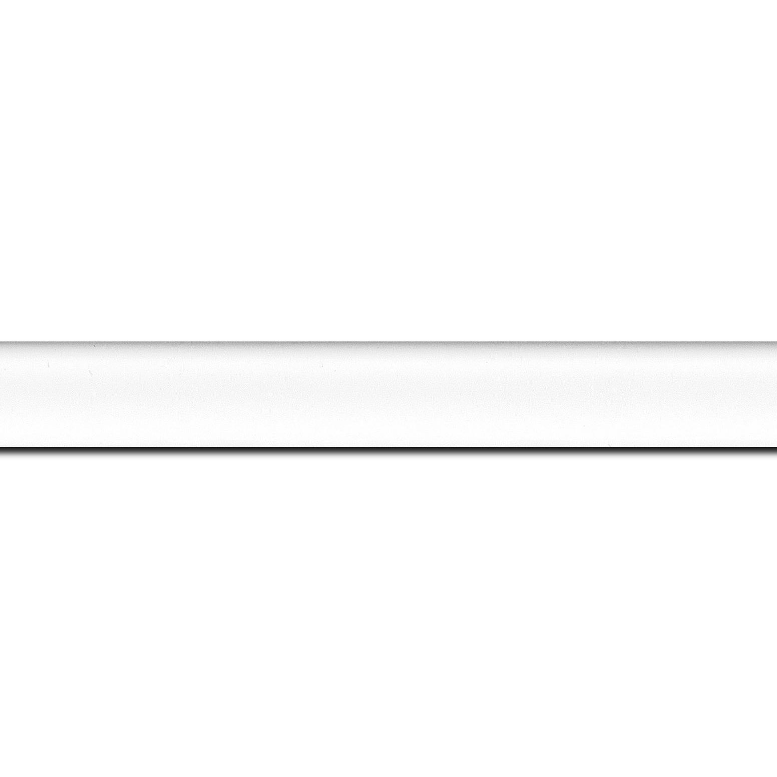 Baguette longueur 1.40m bois profil incurvé largeur 2.1cm couleur blanc mat