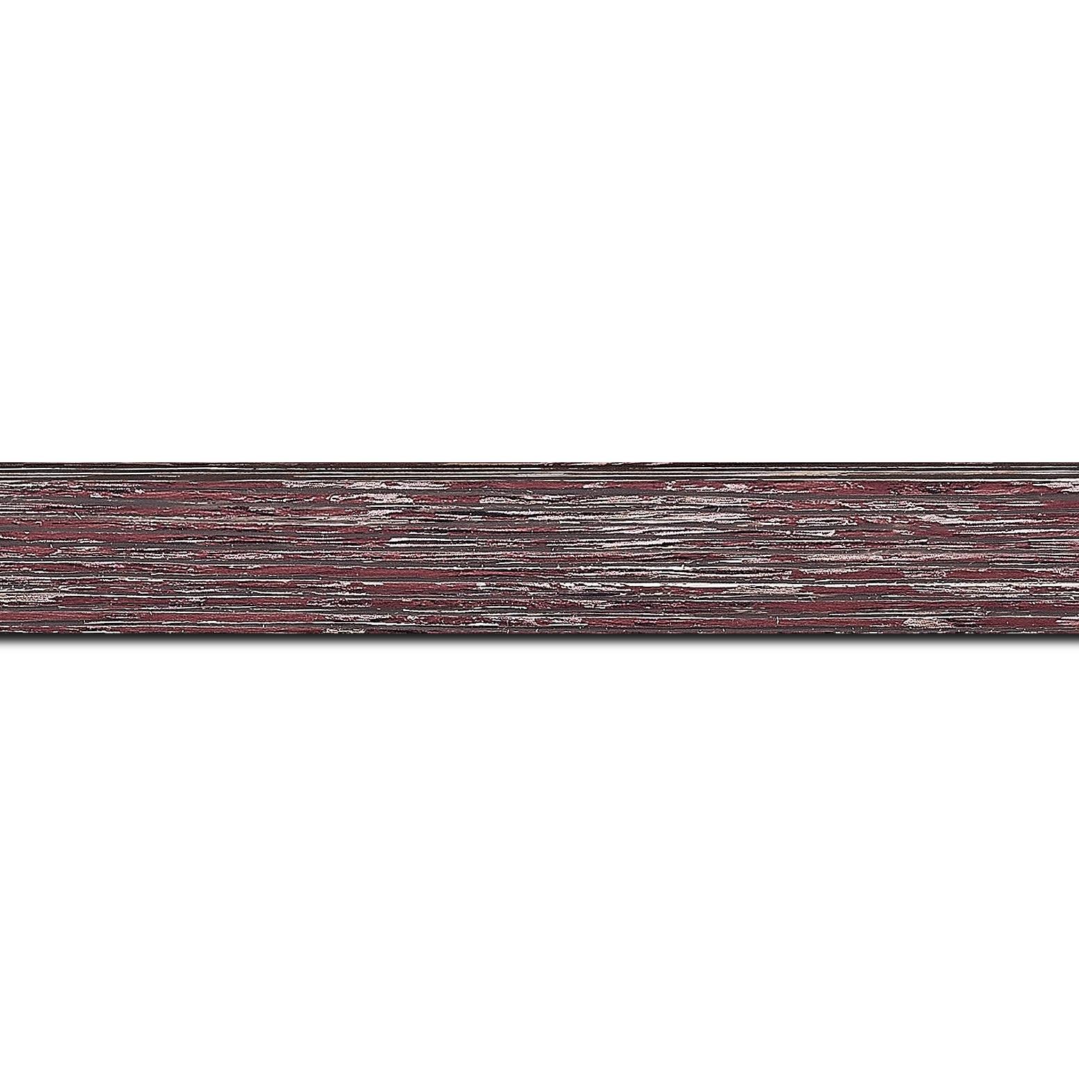 Baguette longueur 1.40m bois profil arrondi en pente plongeant largeur 2.4cm couleur framboise finition veinée, reflet argenté