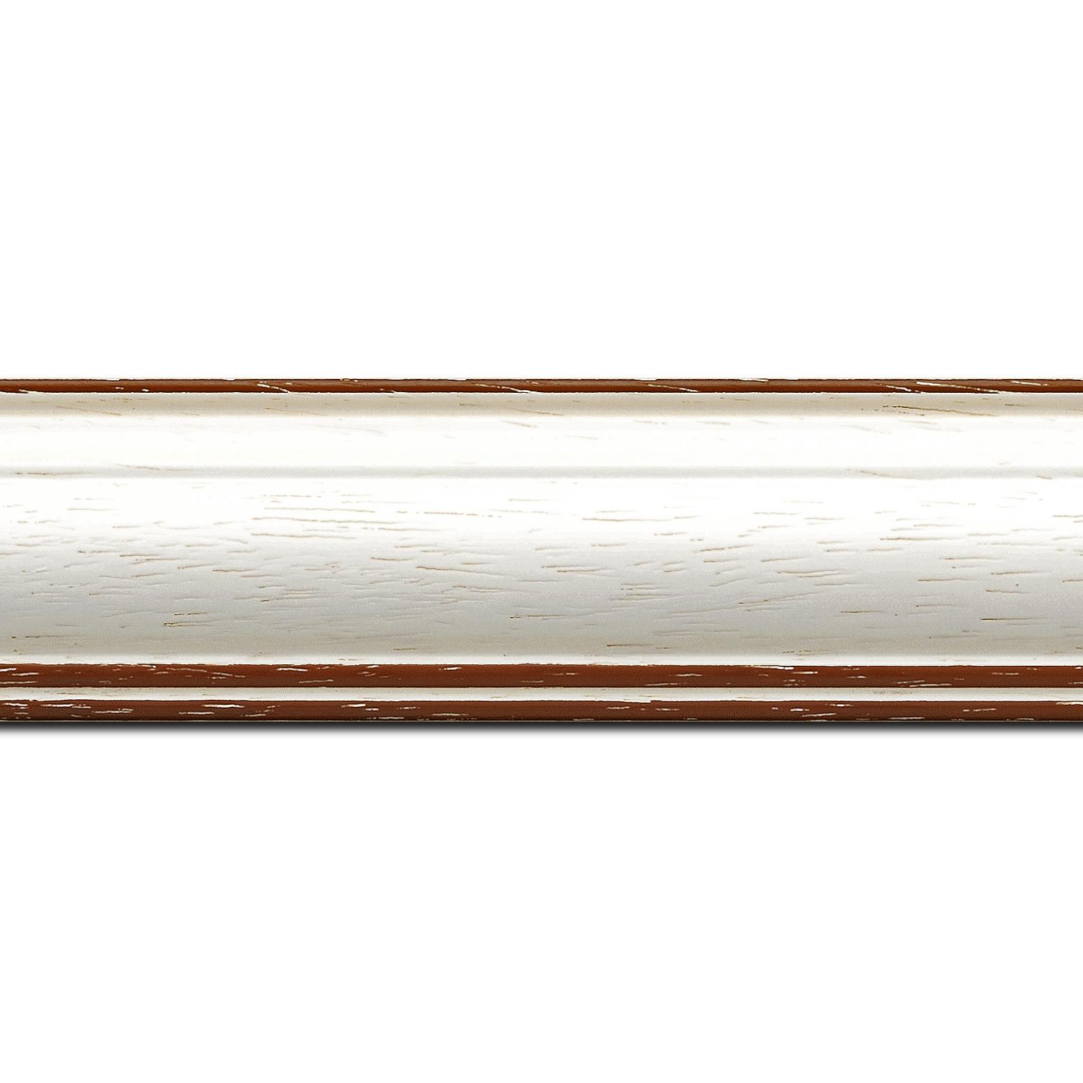 Pack par 12m, bois profil bombé largeur 5cm couleur blanchie satiné filet marron foncé (longueur baguette pouvant varier entre 2.40m et 3m selon arrivage des bois)