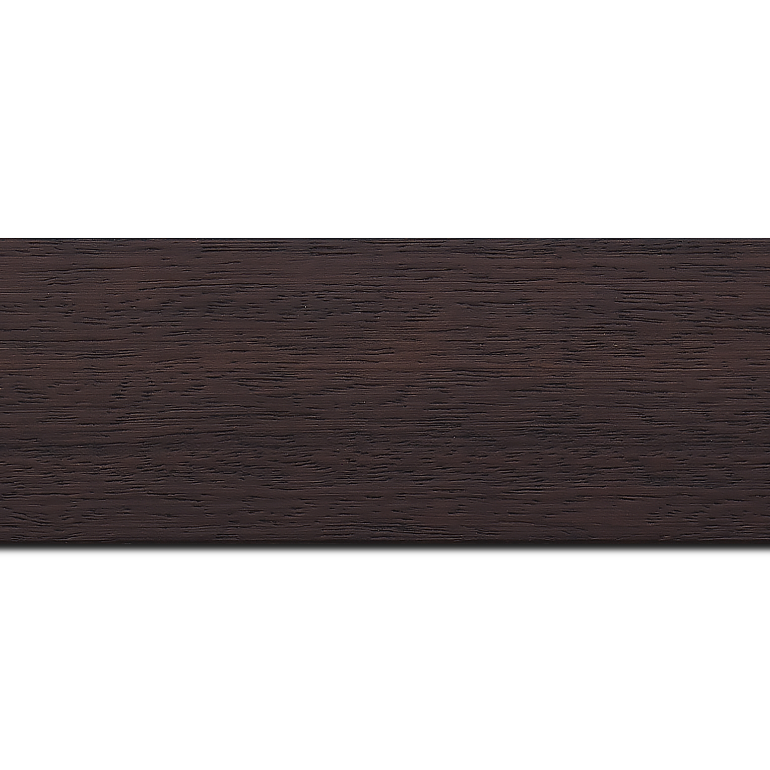 Pack par 12m, bois profil plat largeur 5.9cm couleur marron foncé satiné (longueur baguette pouvant varier entre 2.40m et 3m selon arrivage des bois)
